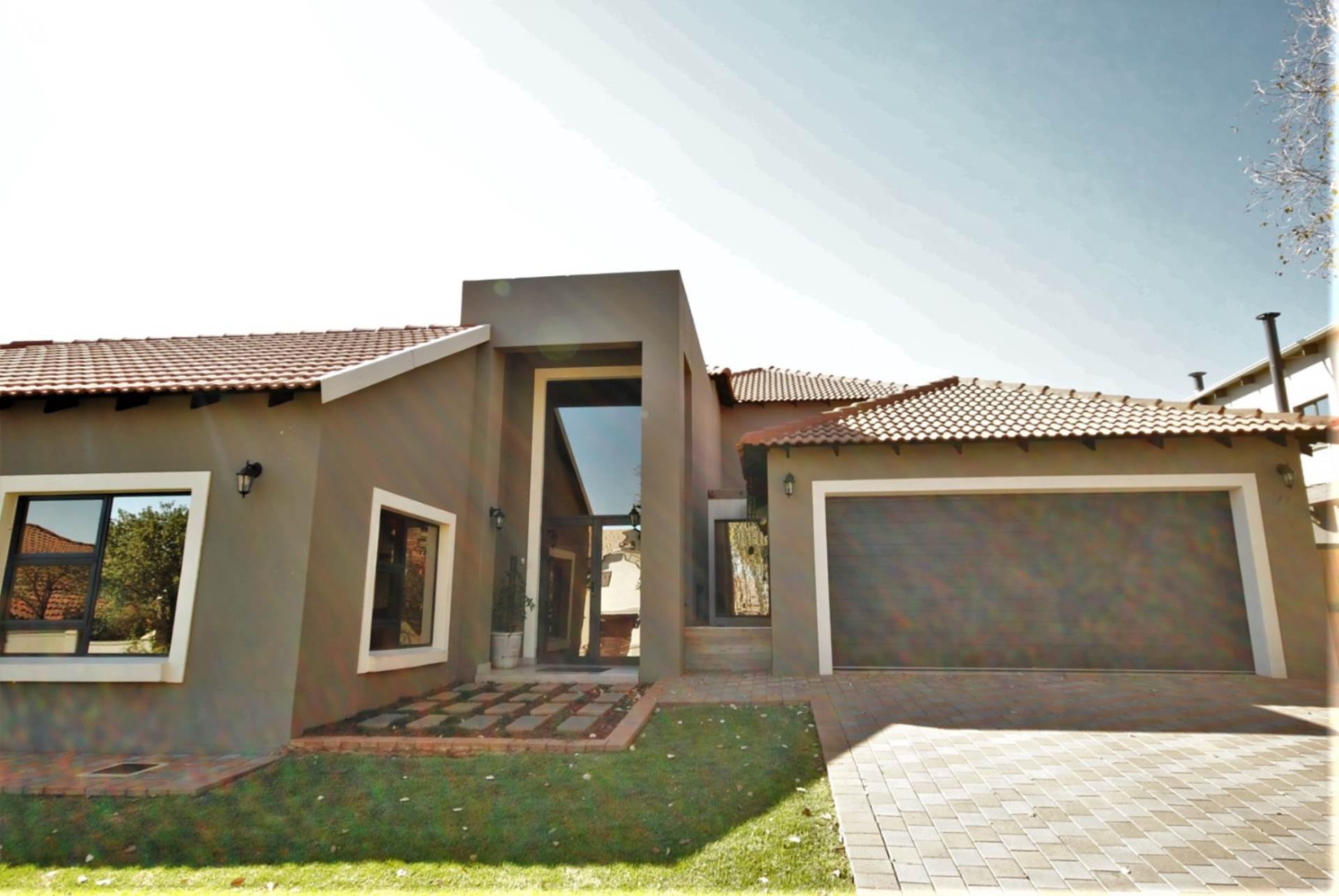 4 BedroomHouse To Rent In Midstream Estate