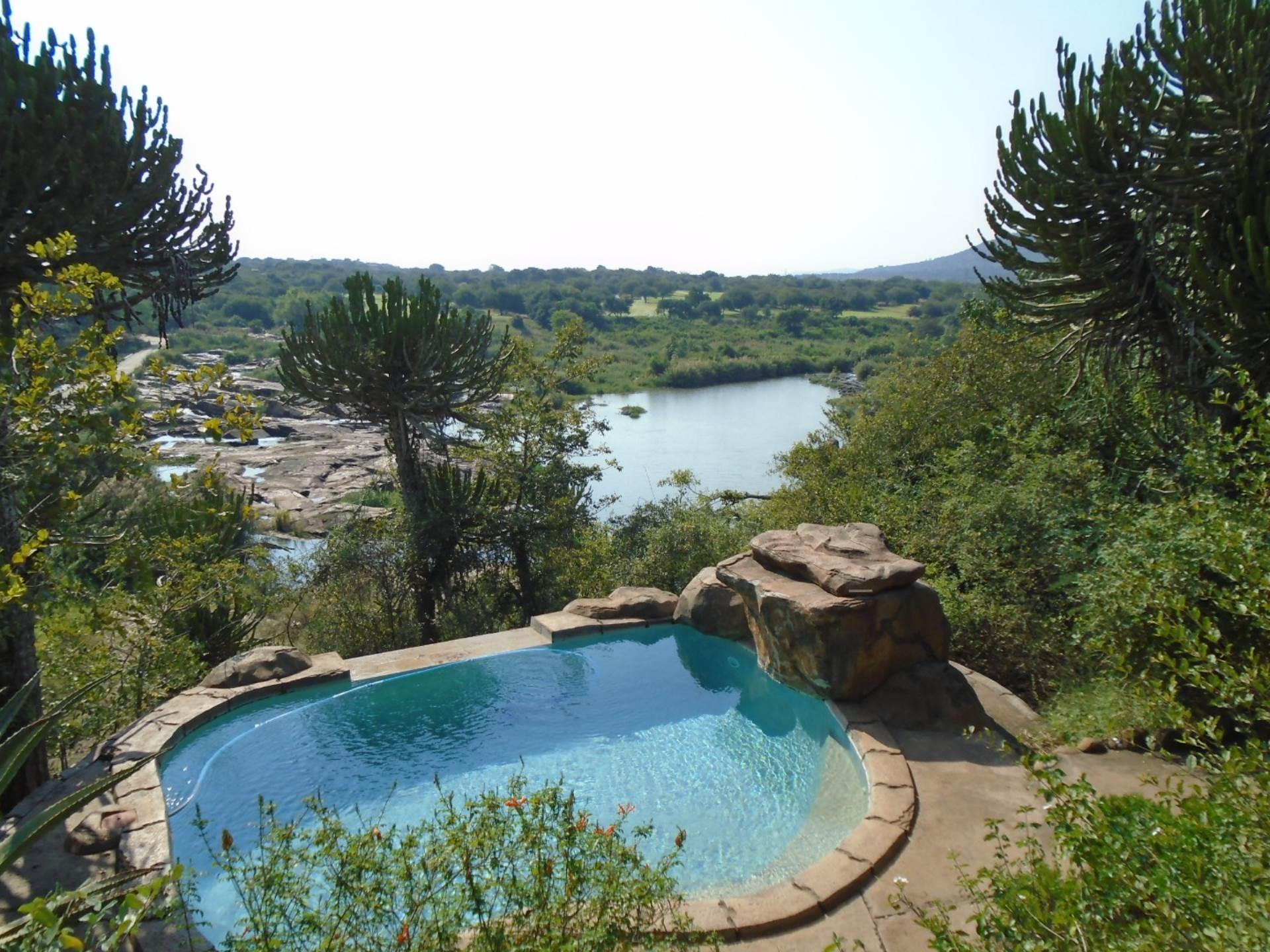 8 BedroomGame Farm Lodge For Sale In Komatipoort