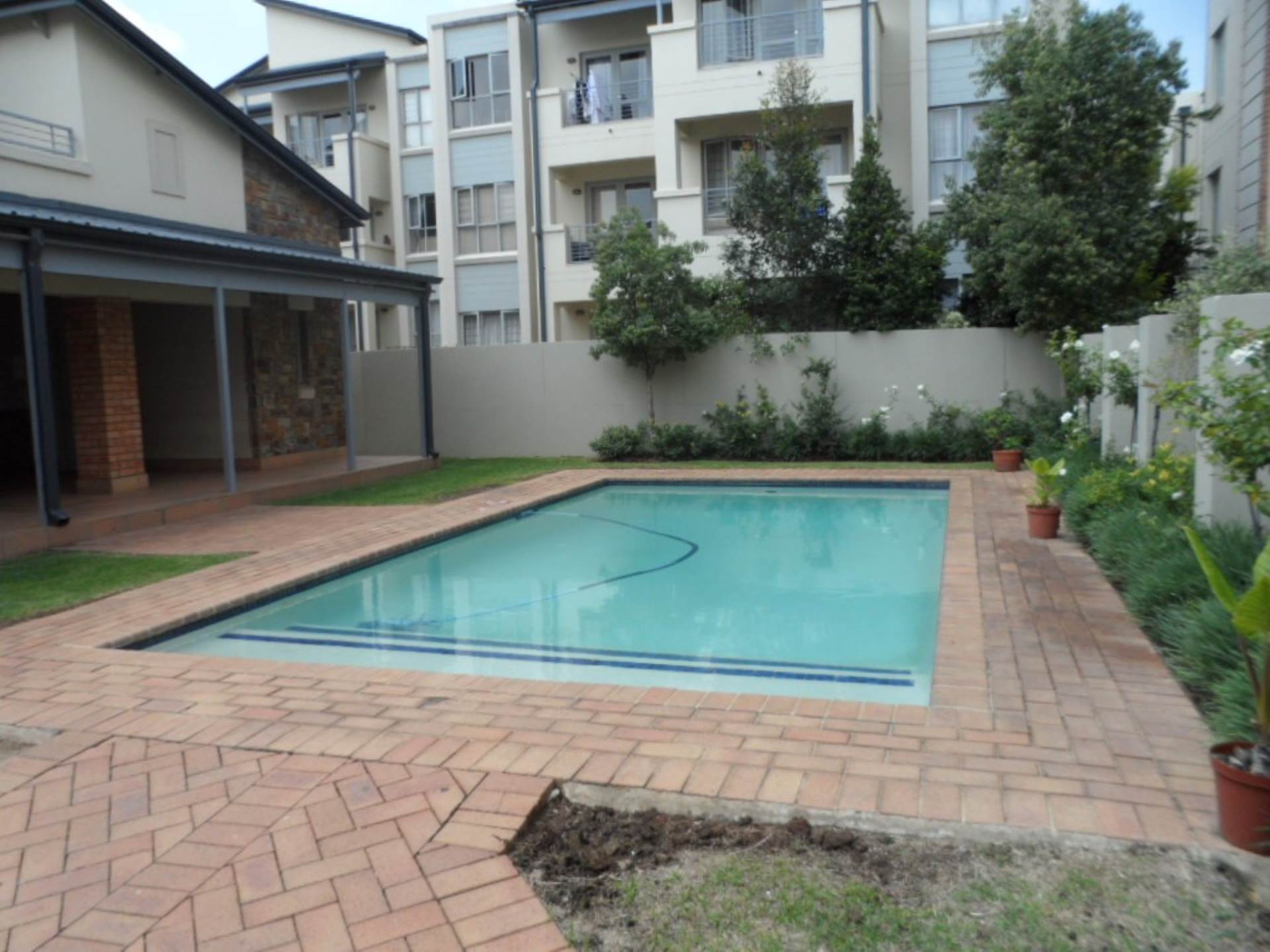 2 BedroomApartment To Rent In Parktown North