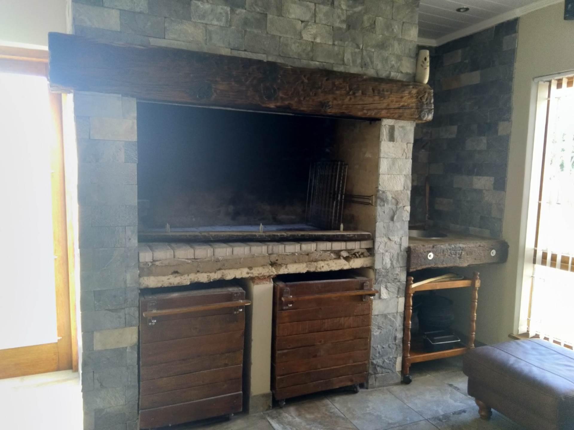 4 BedroomHouse To Rent In Hartenbos