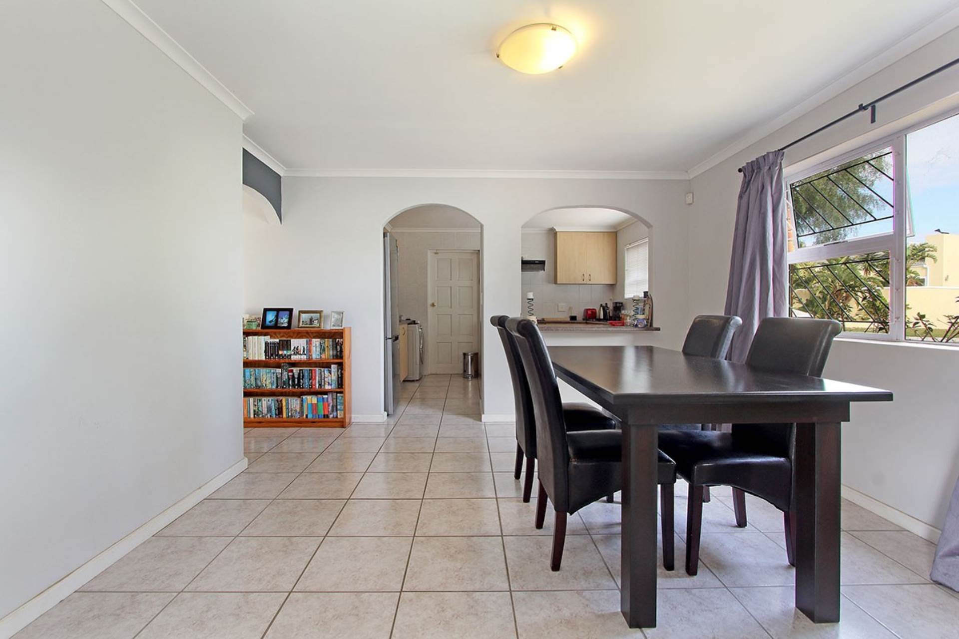 Milnerton Ridge property for sale. Ref No: 13618982. Picture no 8