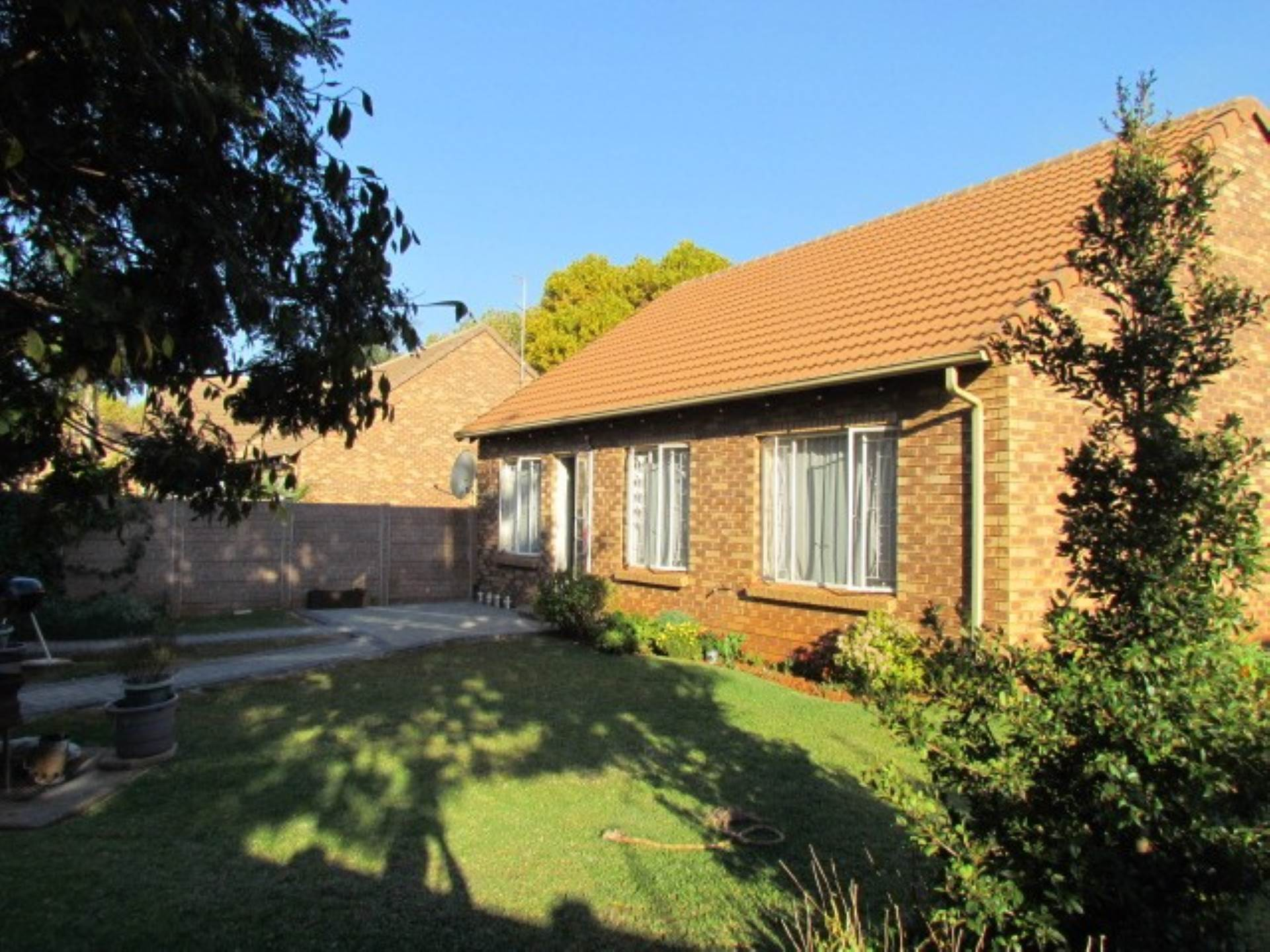 Pretoria, Rietvalleirand And Ext Property  | Houses For Sale Rietvalleirand And Ext, RIETVALLEIRAND and EXT, Townhouse 3 bedrooms property for sale Price:1,295,000