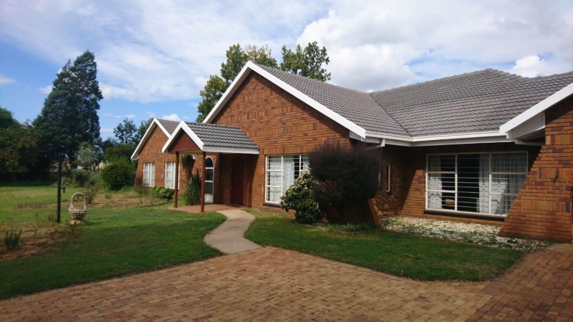 4 BedroomFarm For Sale In Randfontein