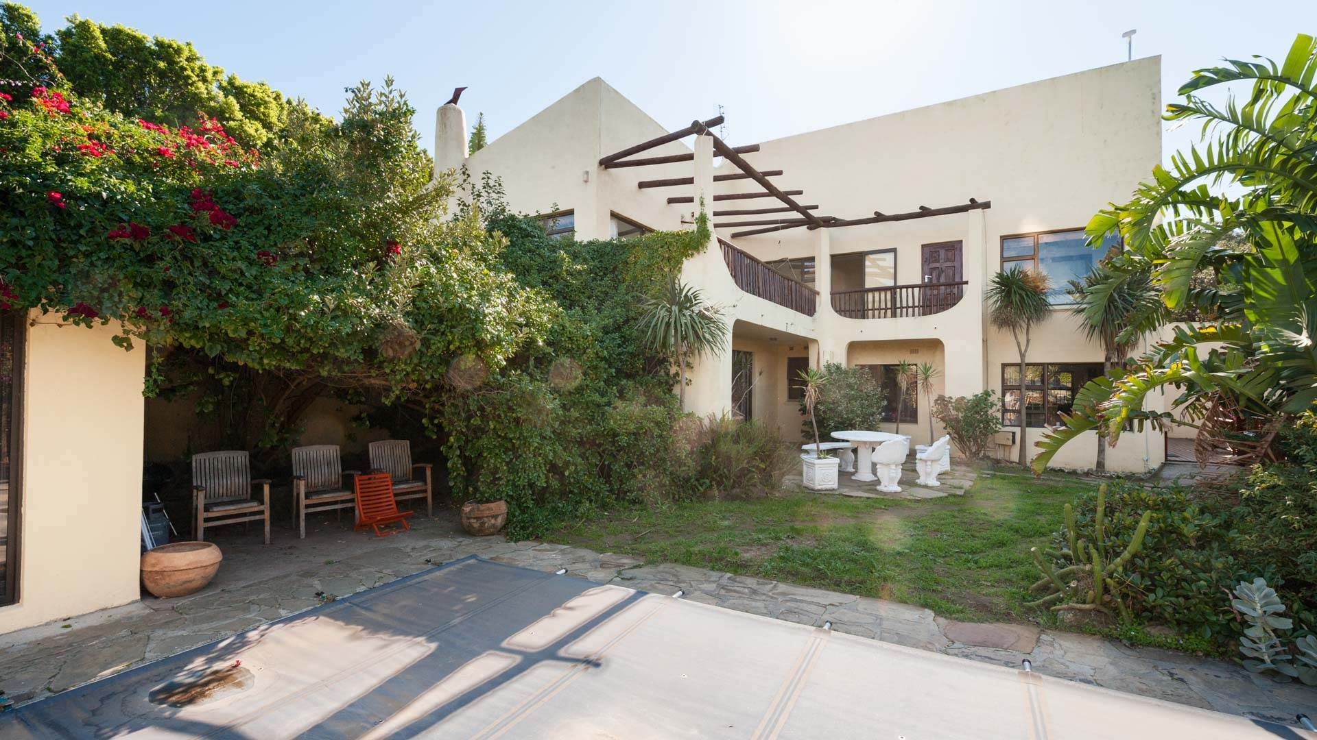 4 BedroomHouse For Sale In Valley Area