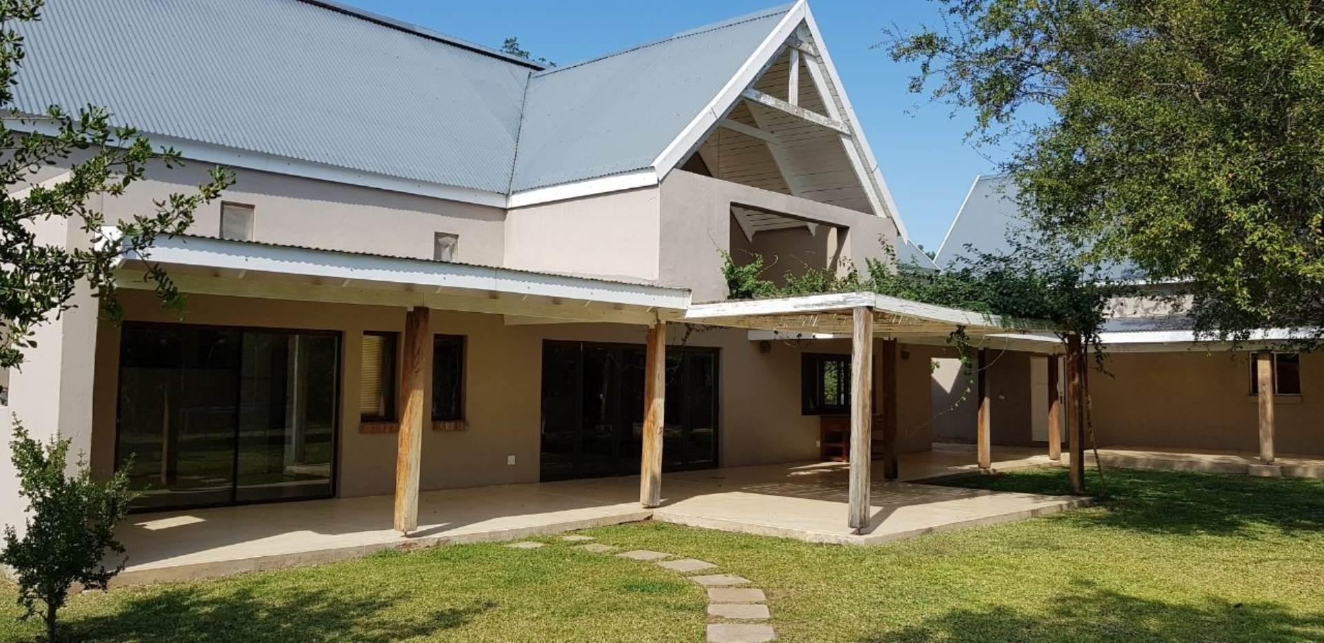 4 BedroomHouse To Rent In Hoedspruit Wildlife Estate