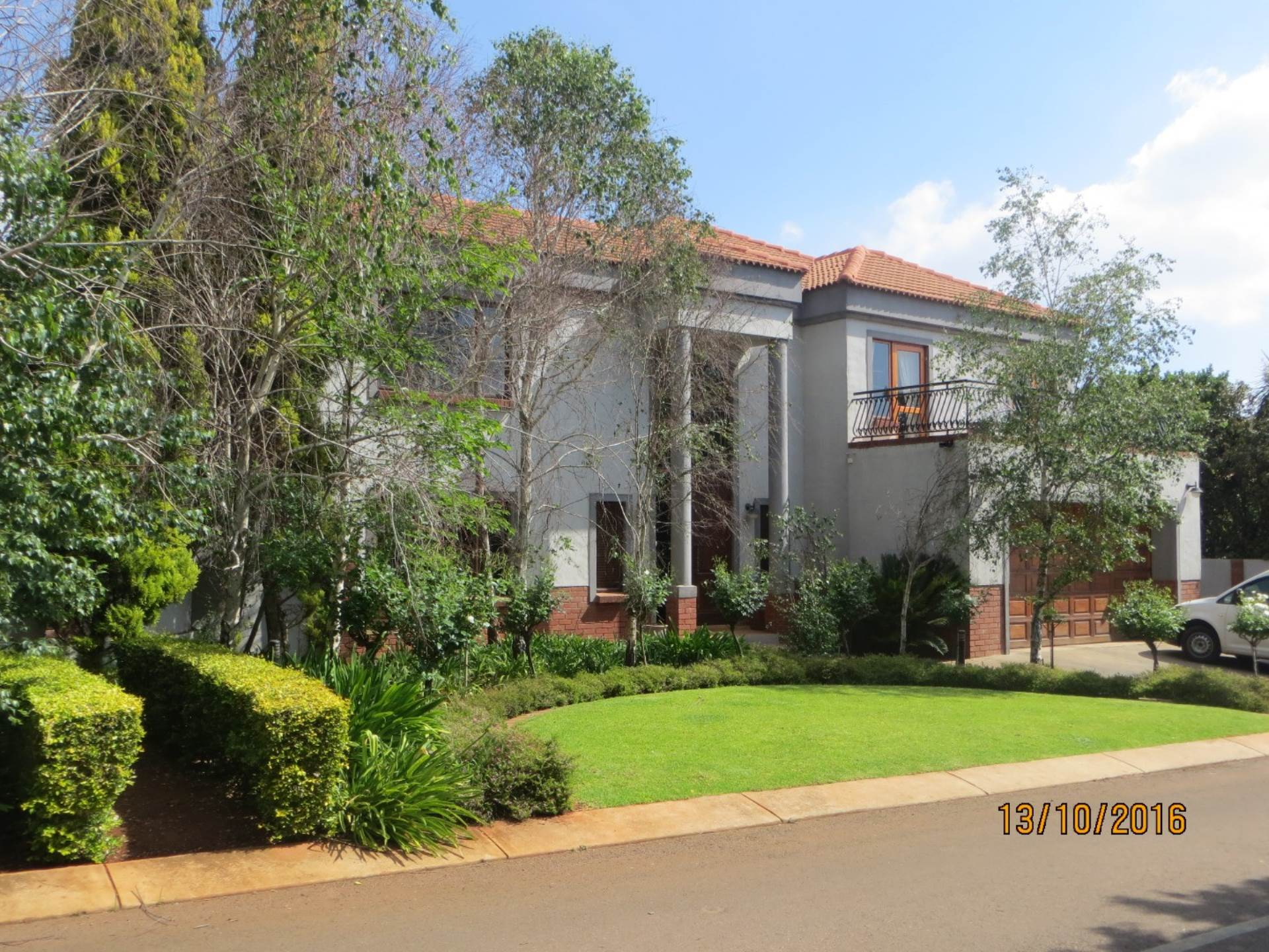 4 BedroomHouse For Sale In Irene Village View
