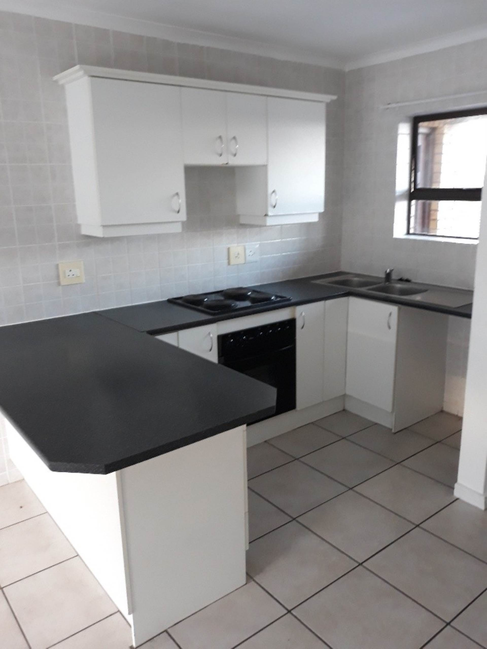 2 BedroomApartment To Rent In Gordons Bay