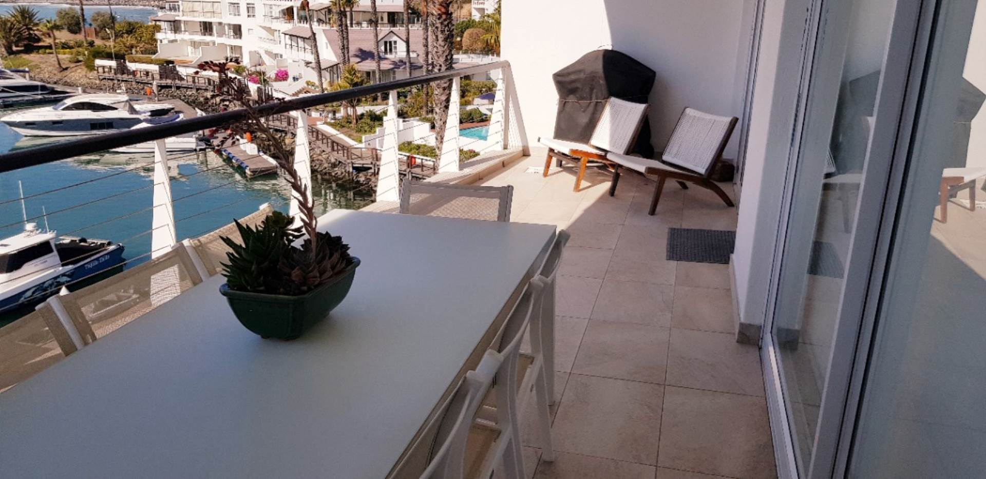 Mouille Point property to rent. Ref No: 13623752. Picture no 19