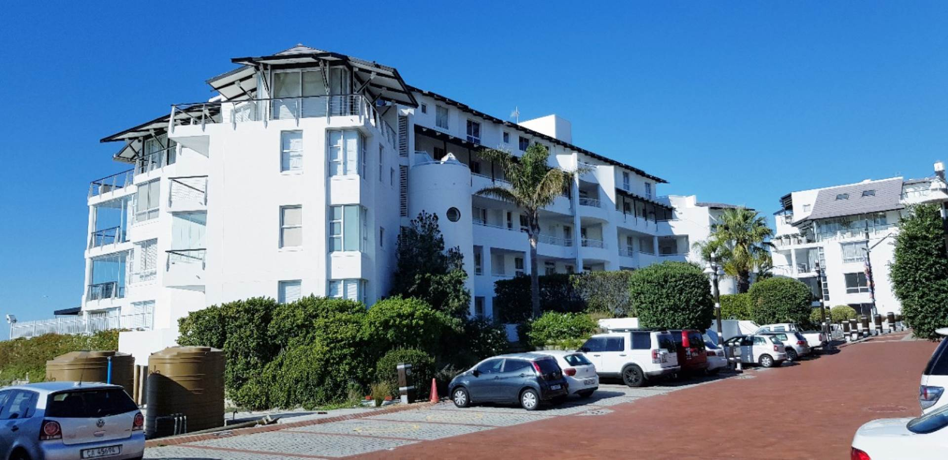 Mouille Point property to rent. Ref No: 13623752. Picture no 33