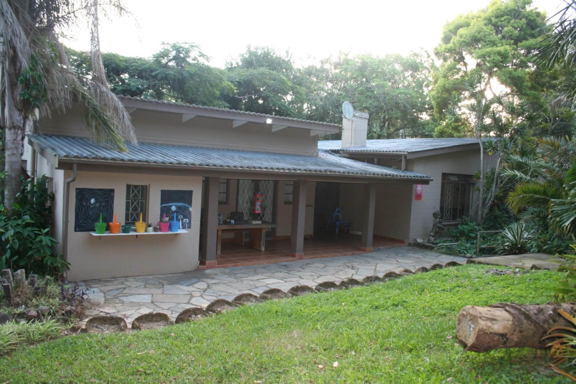 4 BedroomHouse For Sale In Umtentweni
