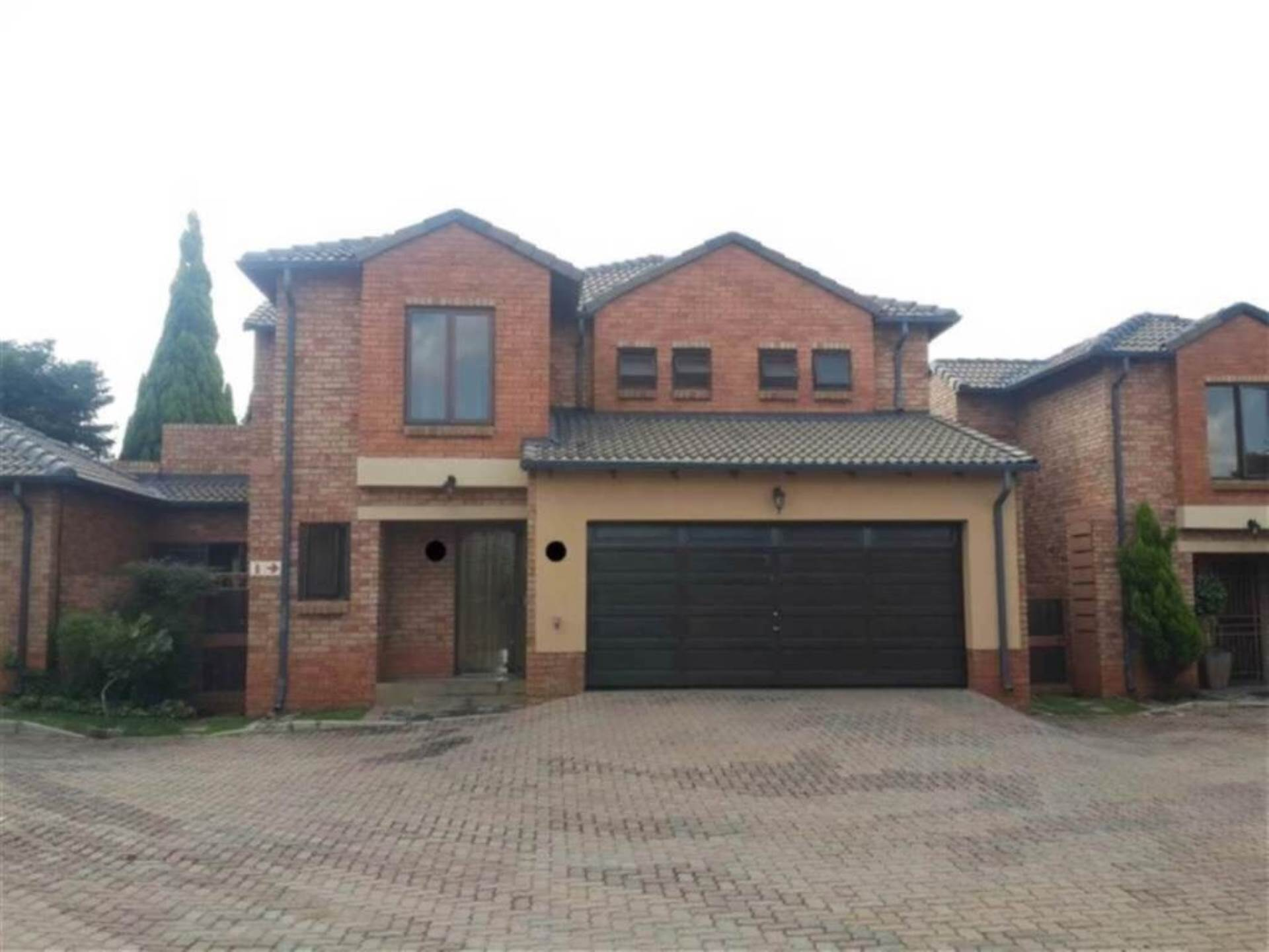 Property and Houses for sale in Eco Park, Townhouse, 3 Bedrooms - ZAR 1,779,000