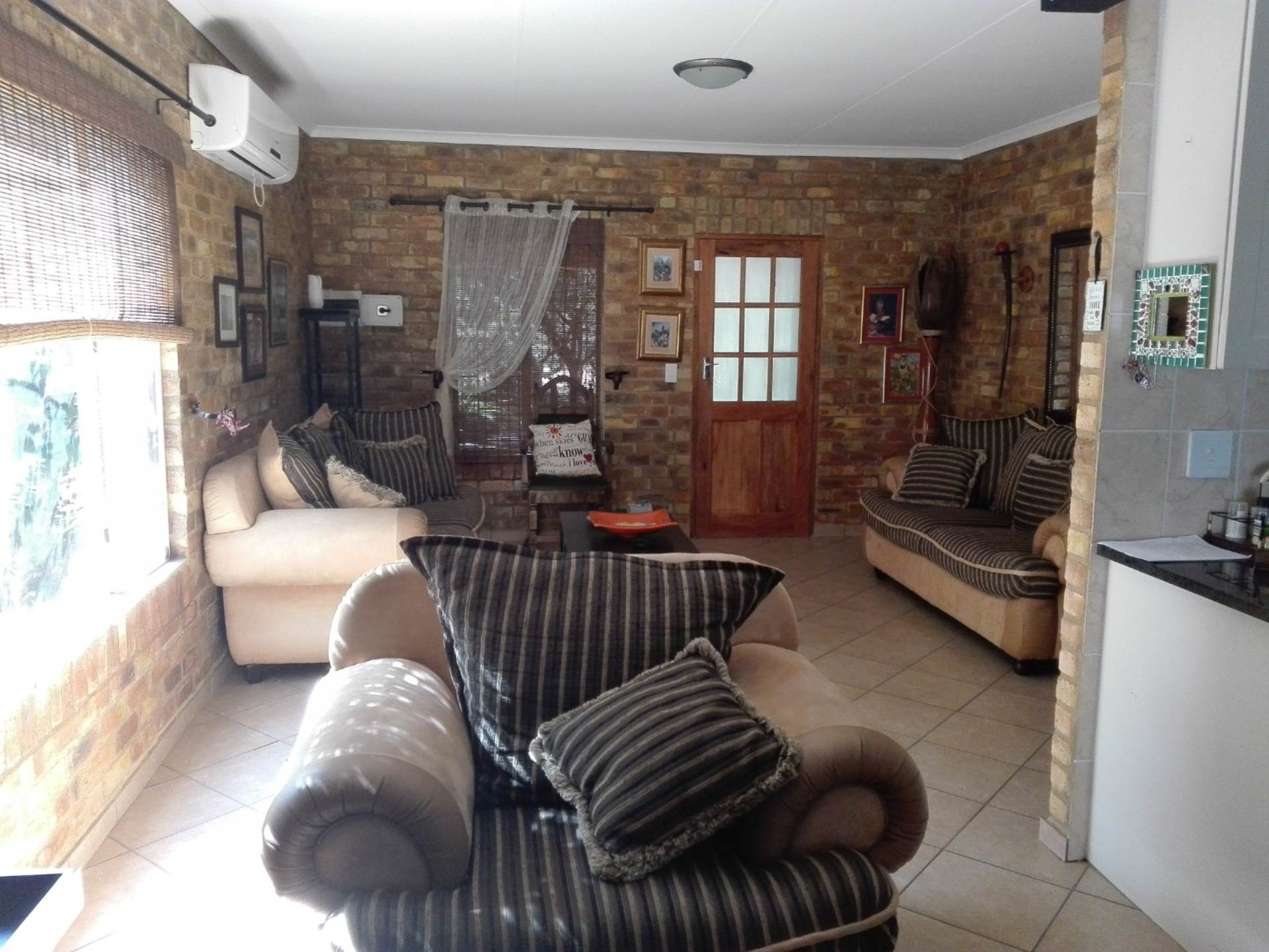 3 BedroomHouse For Sale In Leeupoort