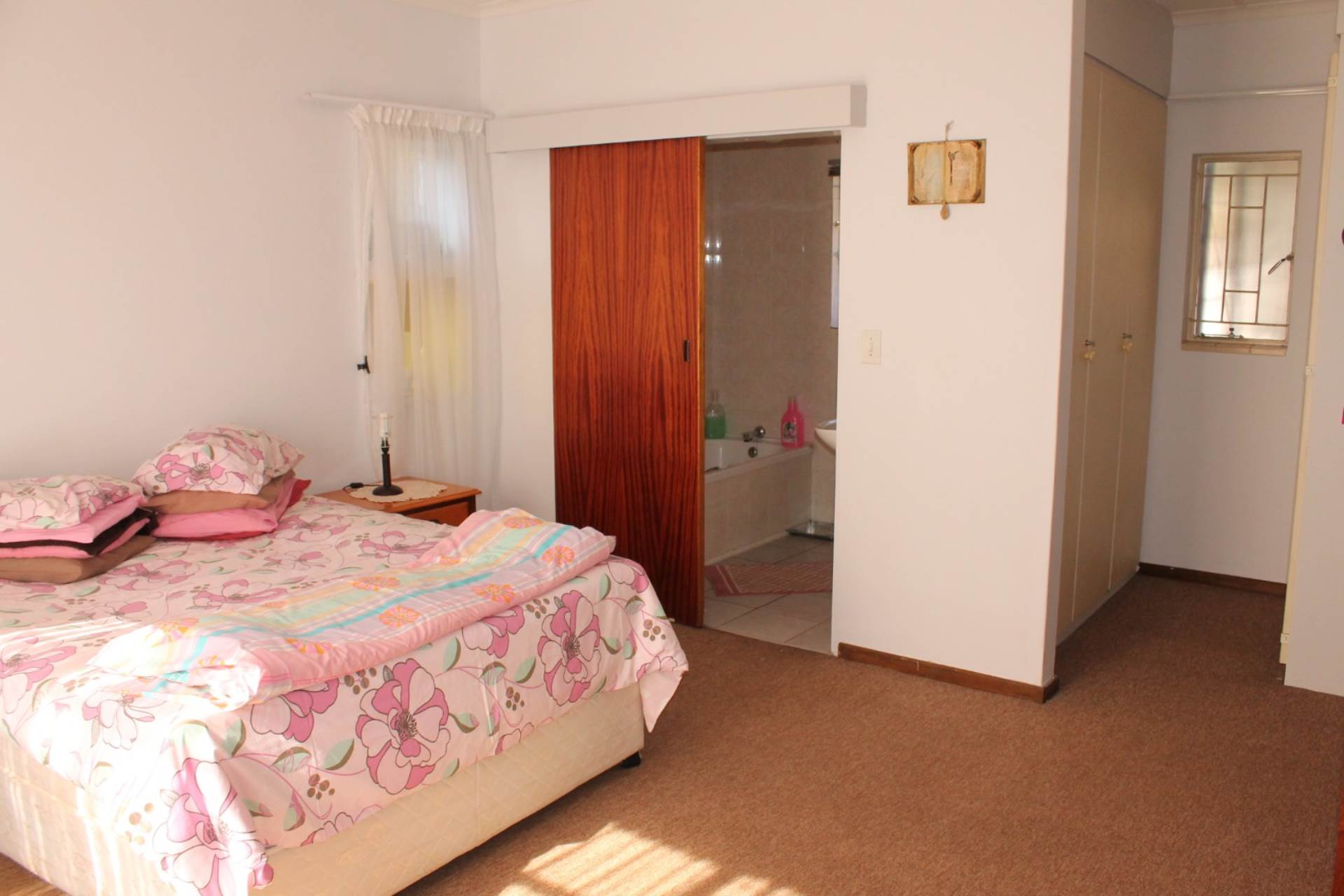 Clarina property for sale. Ref No: 13629101. Picture no 5
