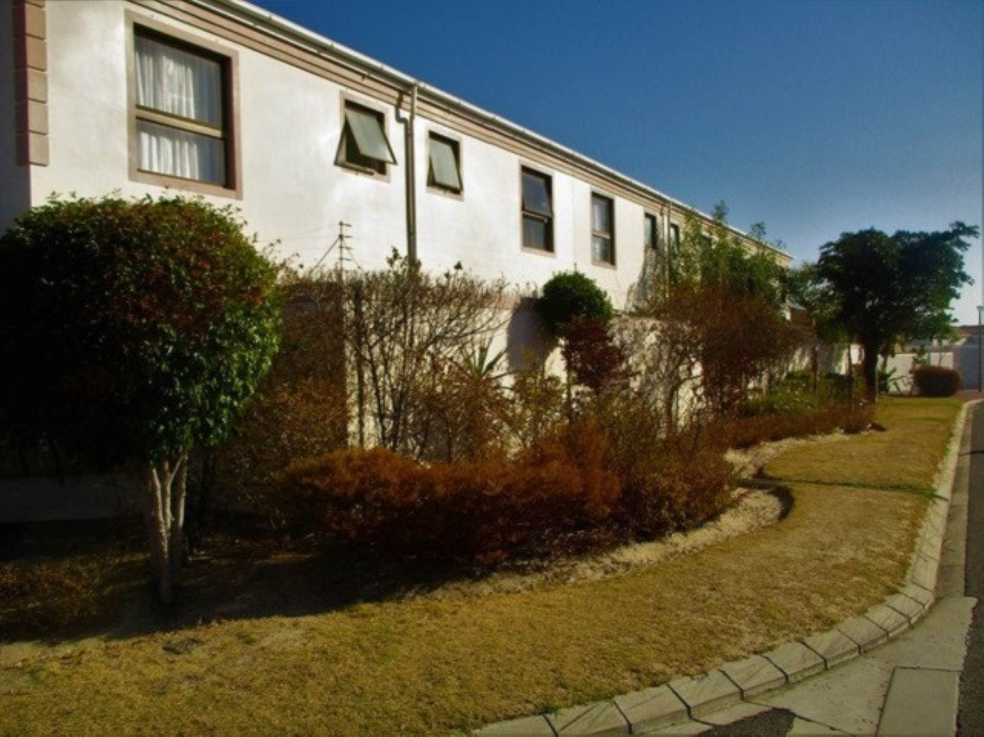 2 BedroomTownhouse For Sale In Parklands