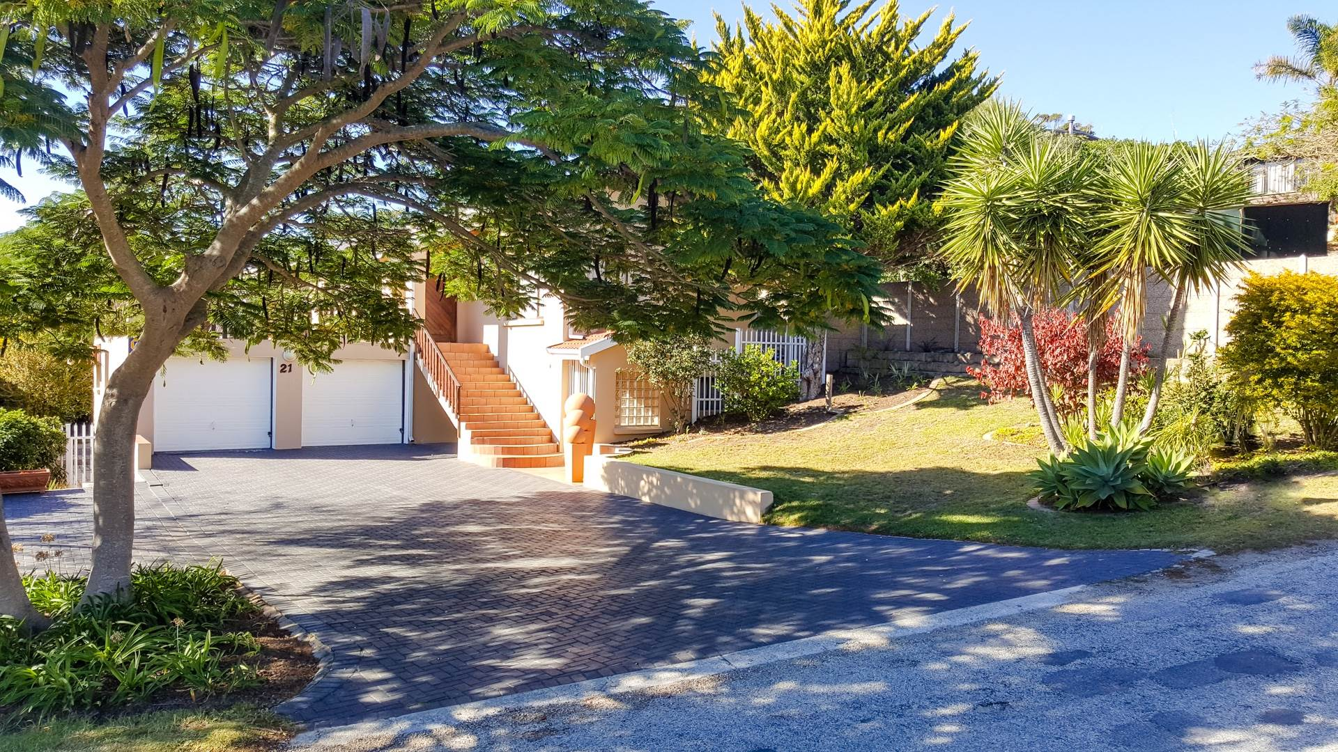 4 BedroomHouse For Sale In Sedgefield Central