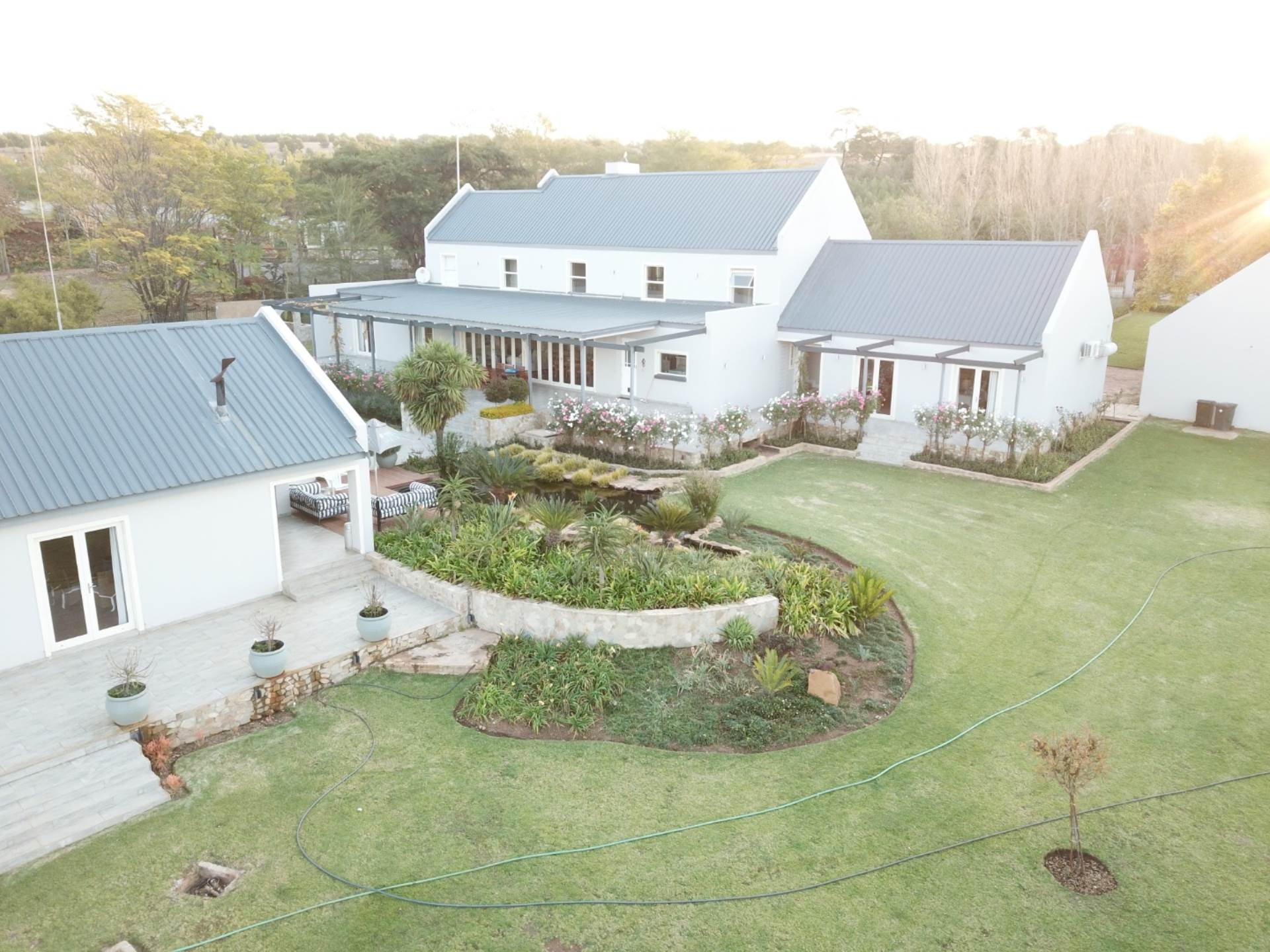 Property and Houses for sale in Mooikloof Equestrian Estate, House, 5 Bedrooms - ZAR 8,850,000