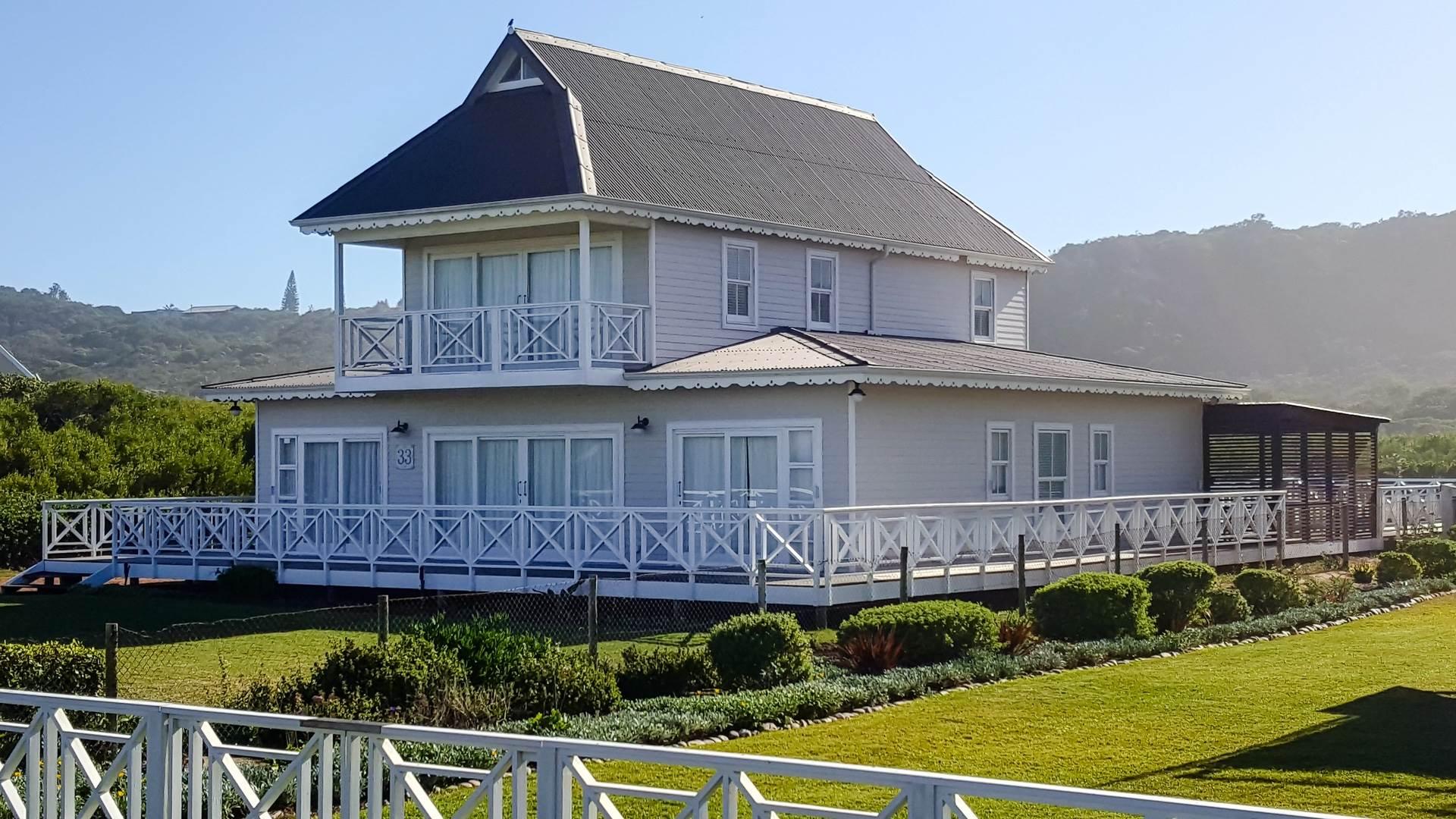 5 BedroomHouse For Sale In Myoli Beach
