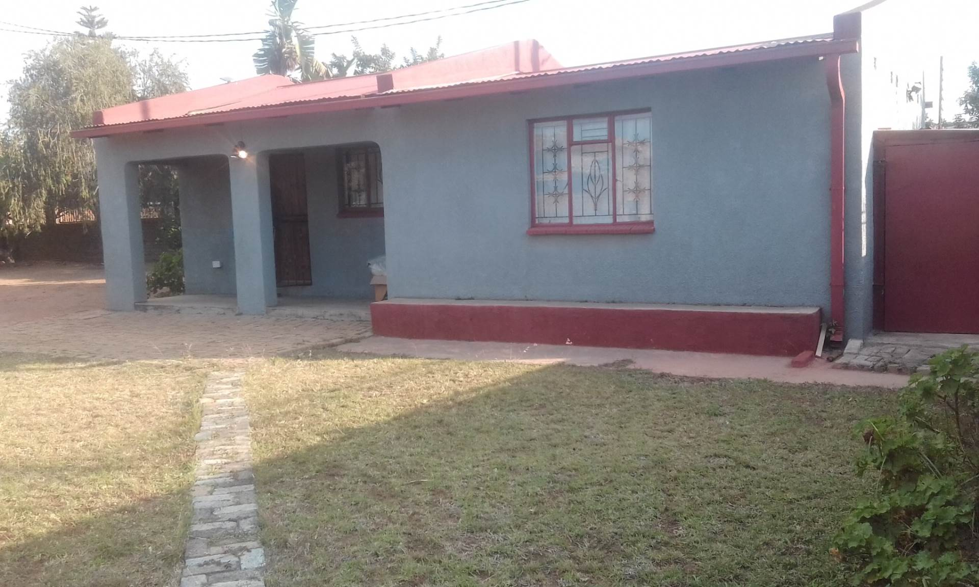 2 BedroomHouse For Sale In Lethlabile