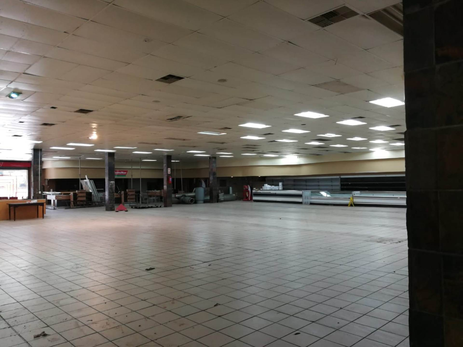 Retail To Rent In Springs Central