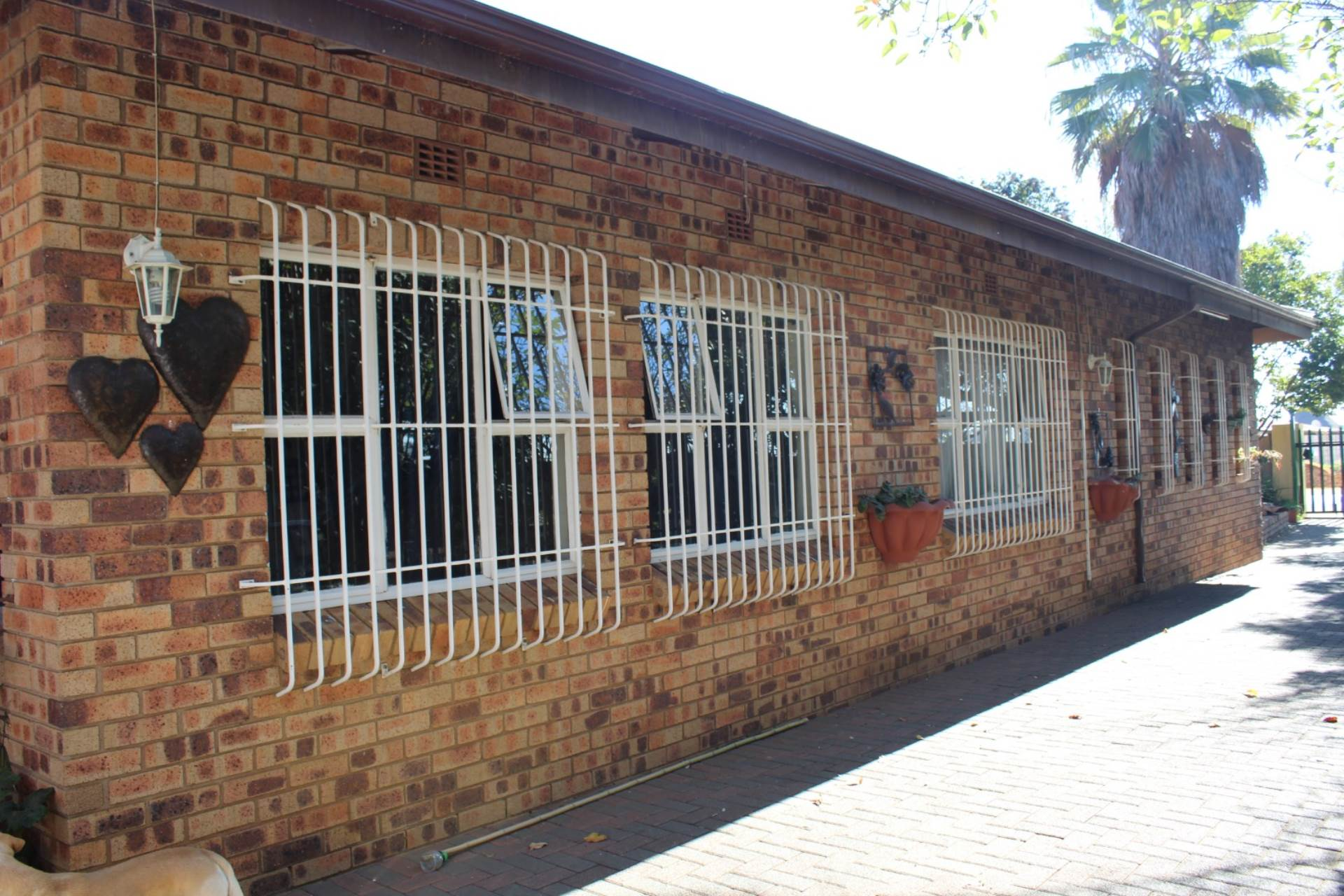 3 BedroomHouse For Sale In Nigel Central