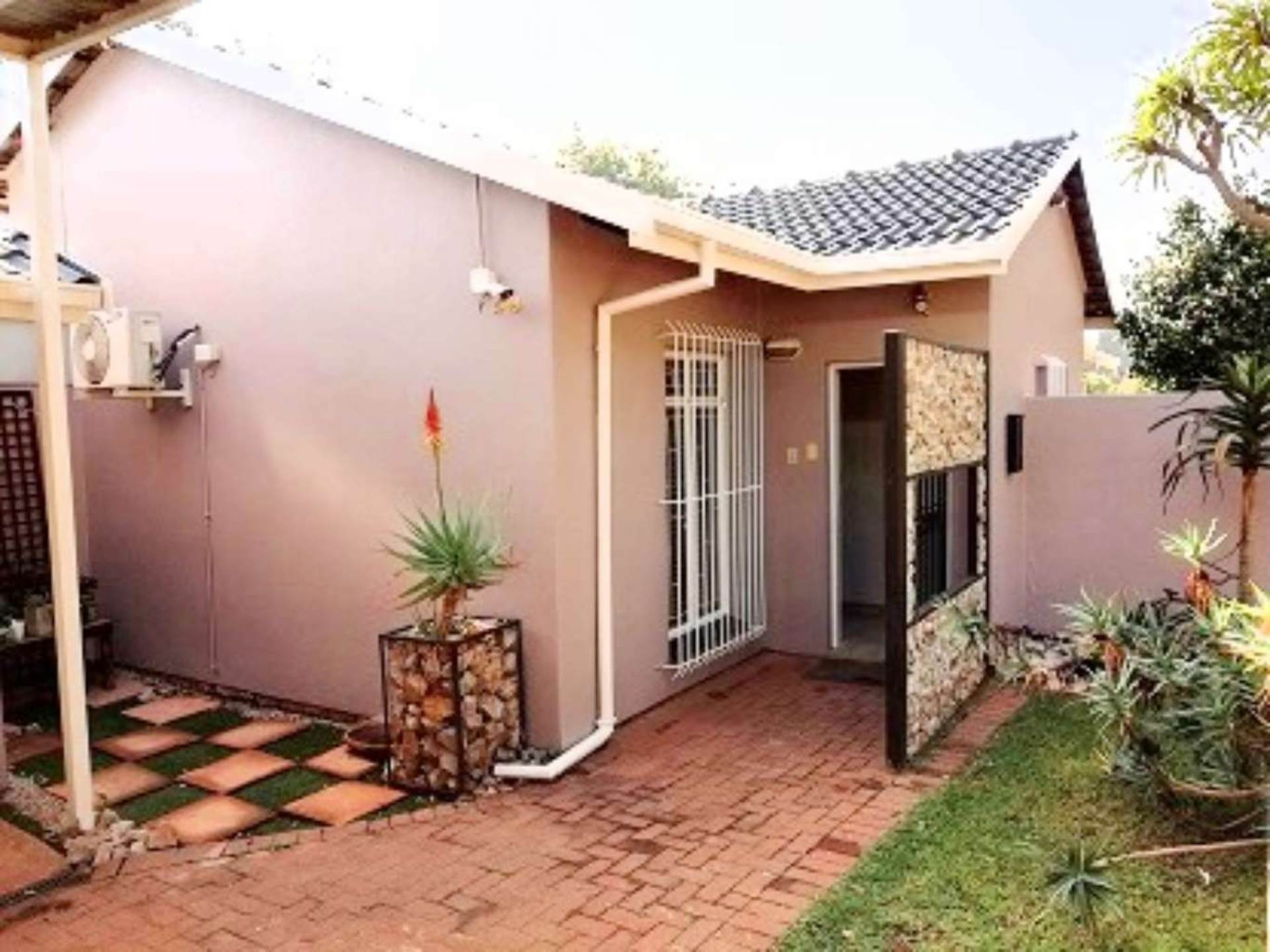Pretoria, Garsfontein Property  | Houses For Sale Garsfontein, GARSFONTEIN, House 3 bedrooms property for sale Price:2,300,000