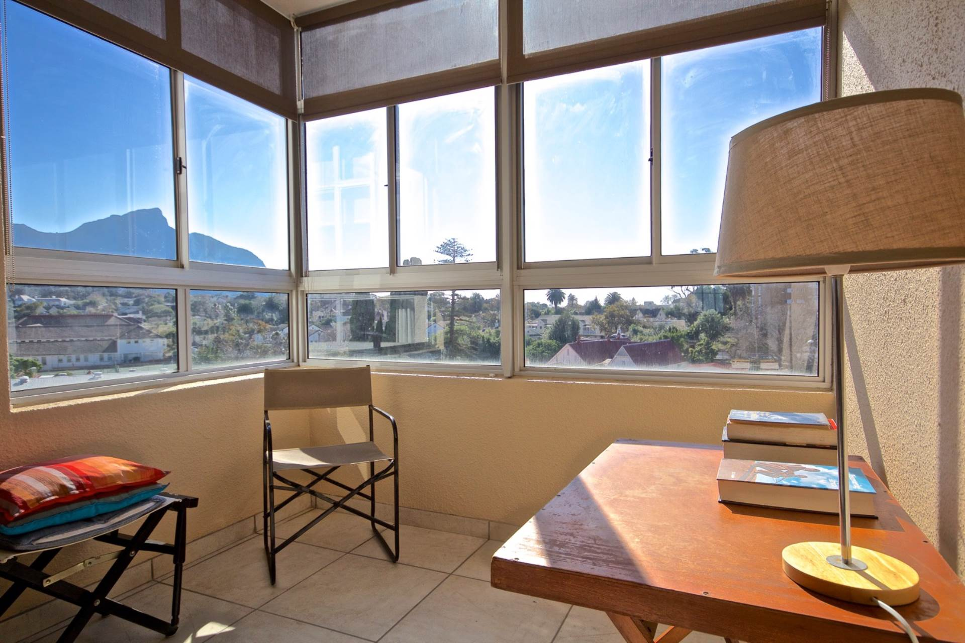 Property and Houses for sale in Wynberg, Apartment, 2 Bedrooms - ZAR 2,595,000