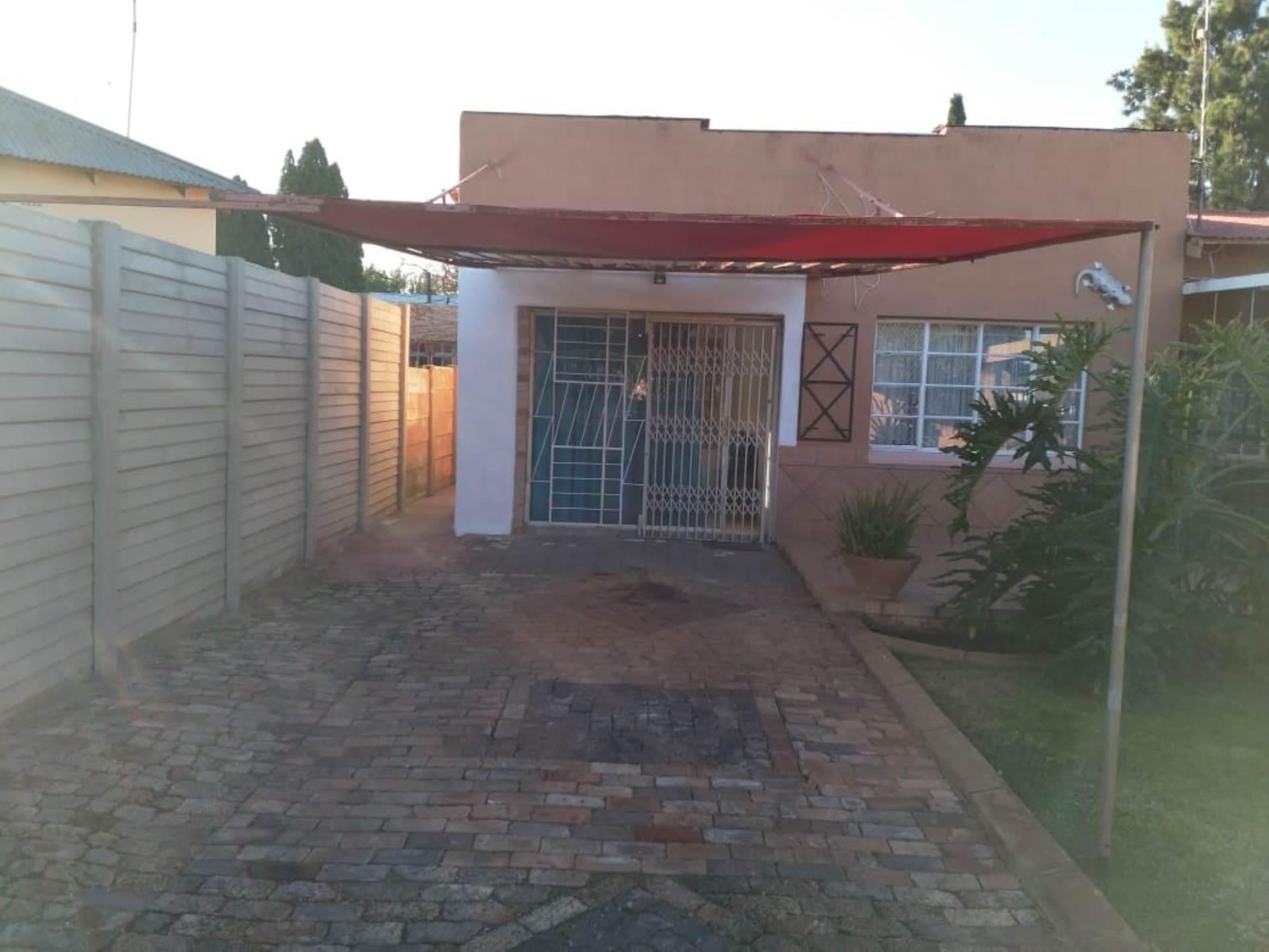 2 BedroomFlat To Rent In Selection Park