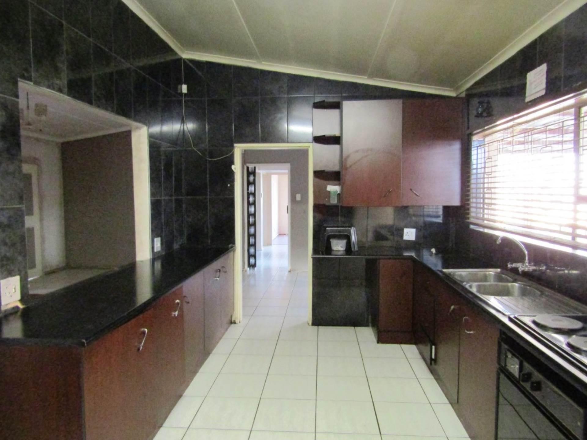 3 BedroomHouse For Sale In Minnebron