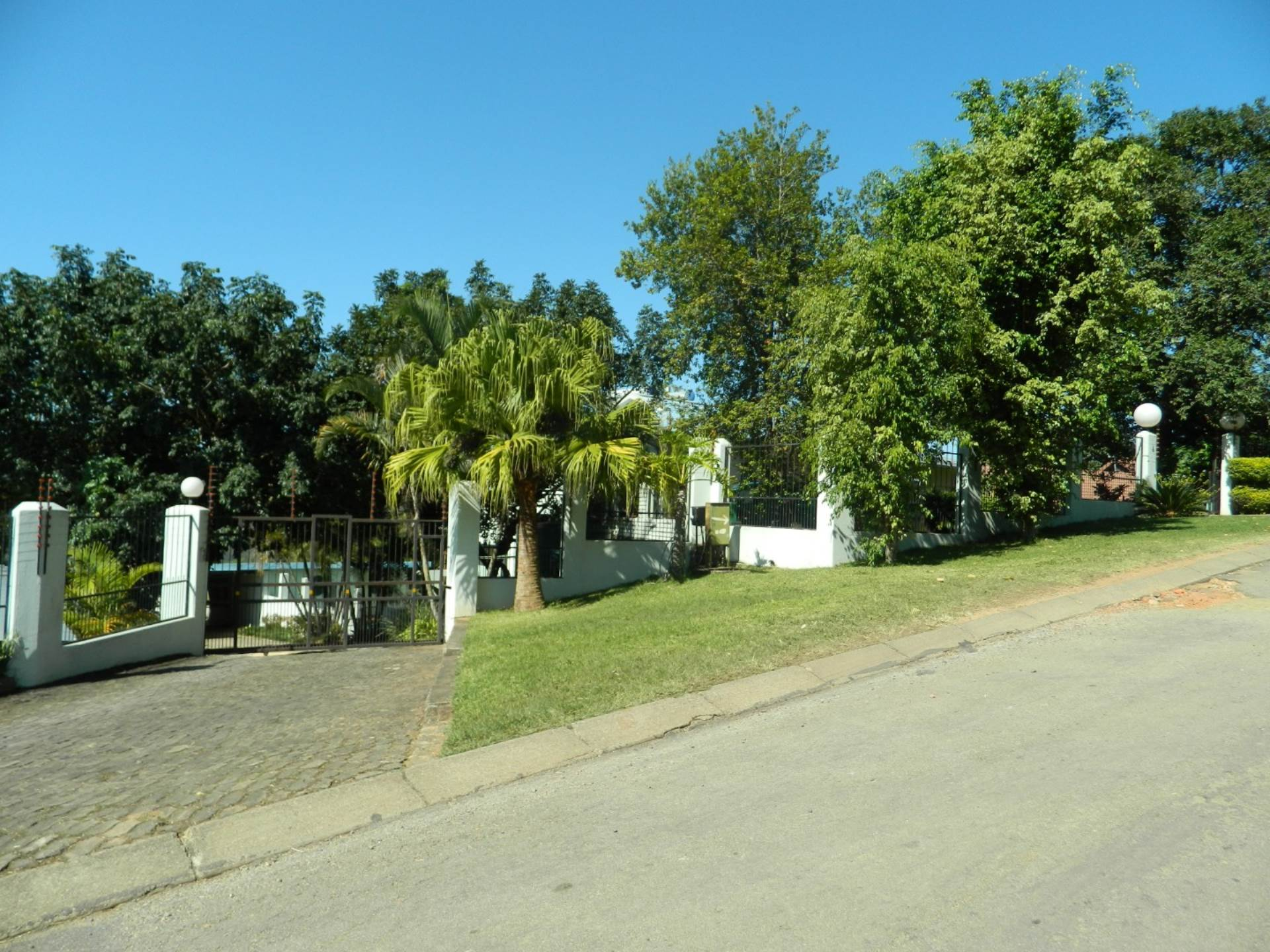 10 BedroomHouse For Sale In Tzaneen & Ext