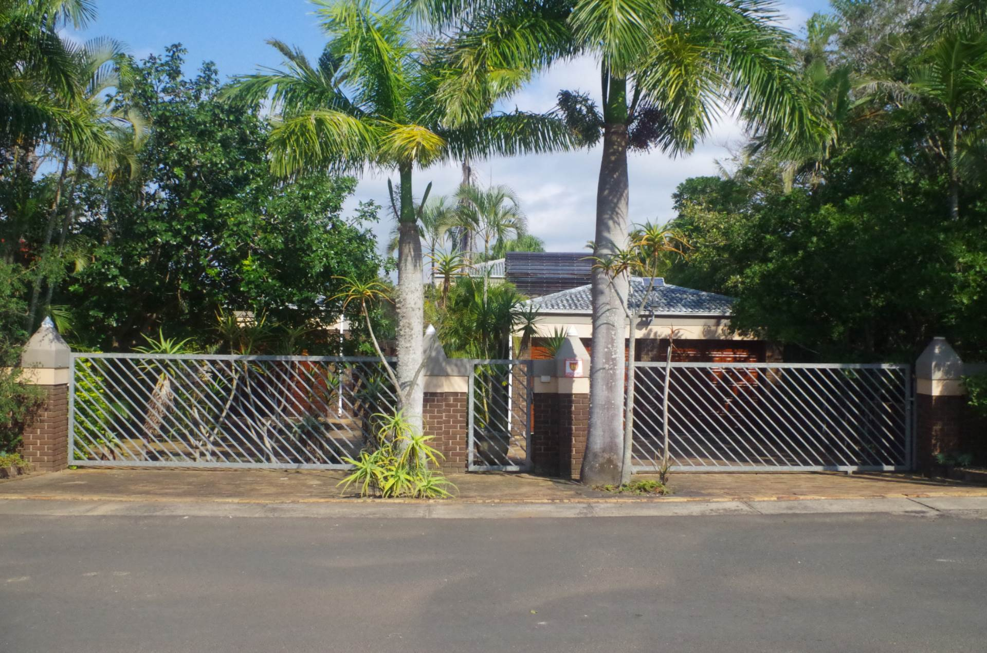 7 BedroomHouse For Sale In St Lucia