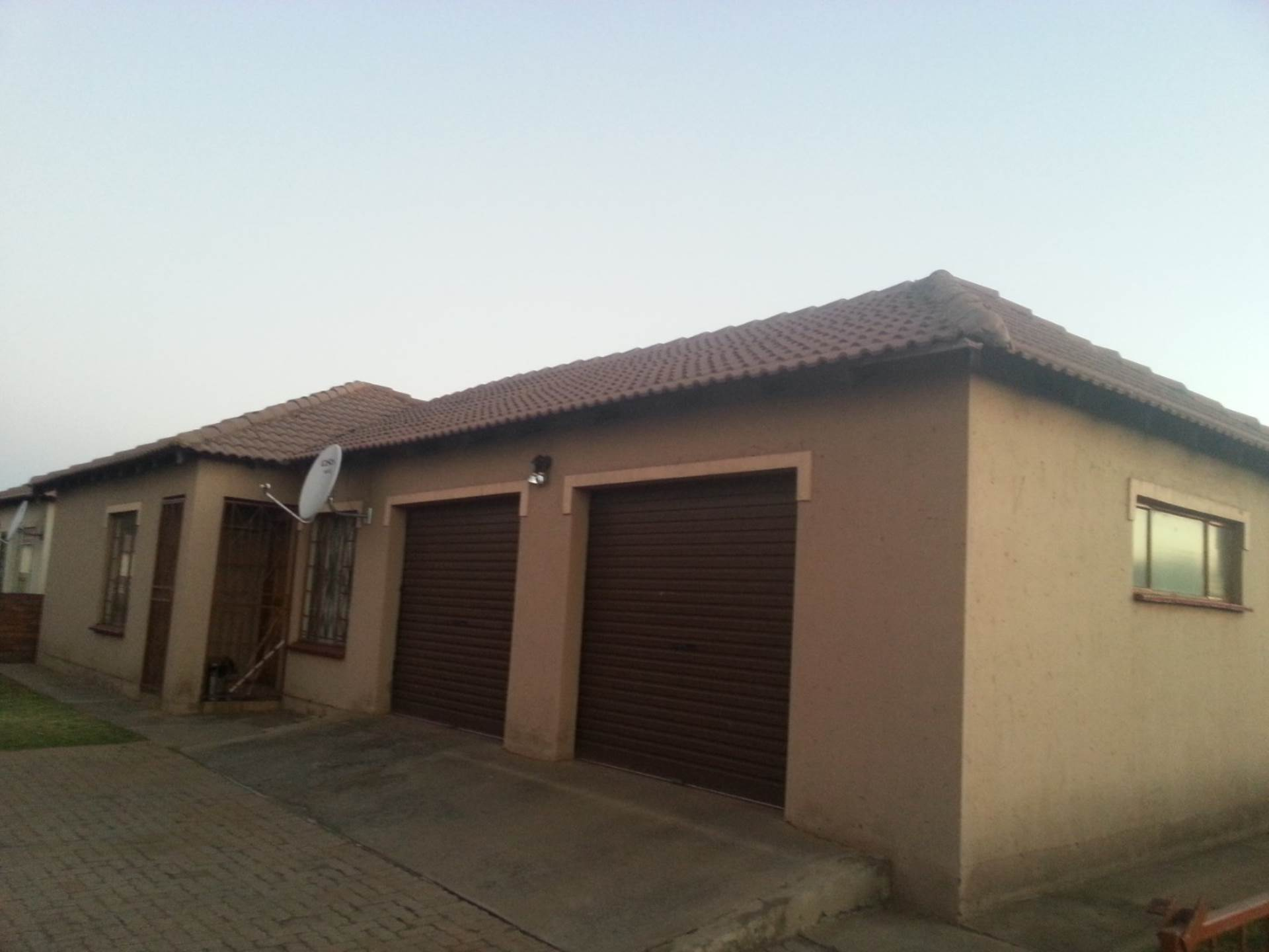 3 BedroomHouse For Sale In Duvha Park & Ext