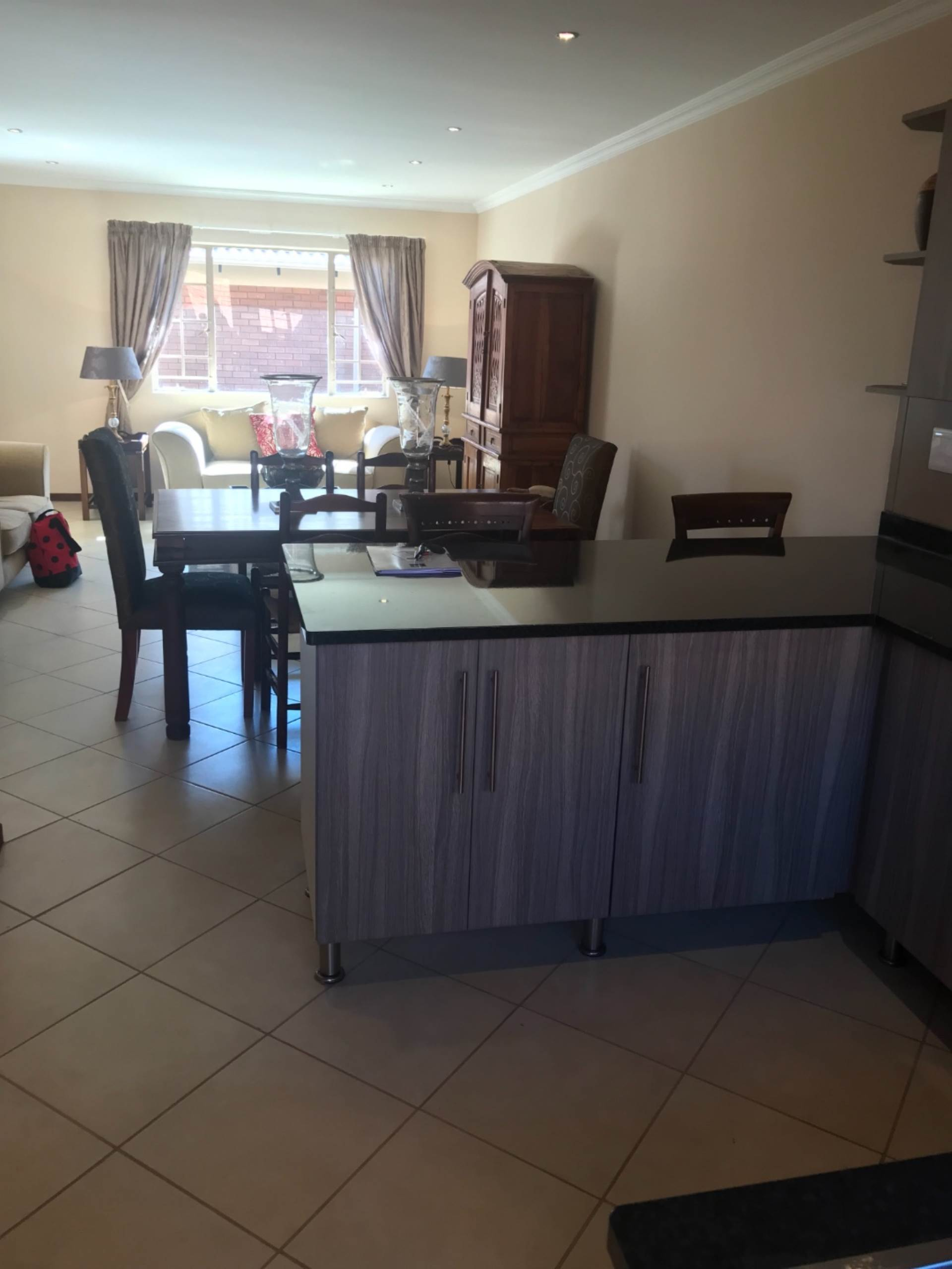 Property and Houses for sale in Mooikloof Ridge, Townhouse, 3 Bedrooms - ZAR 1,399,000