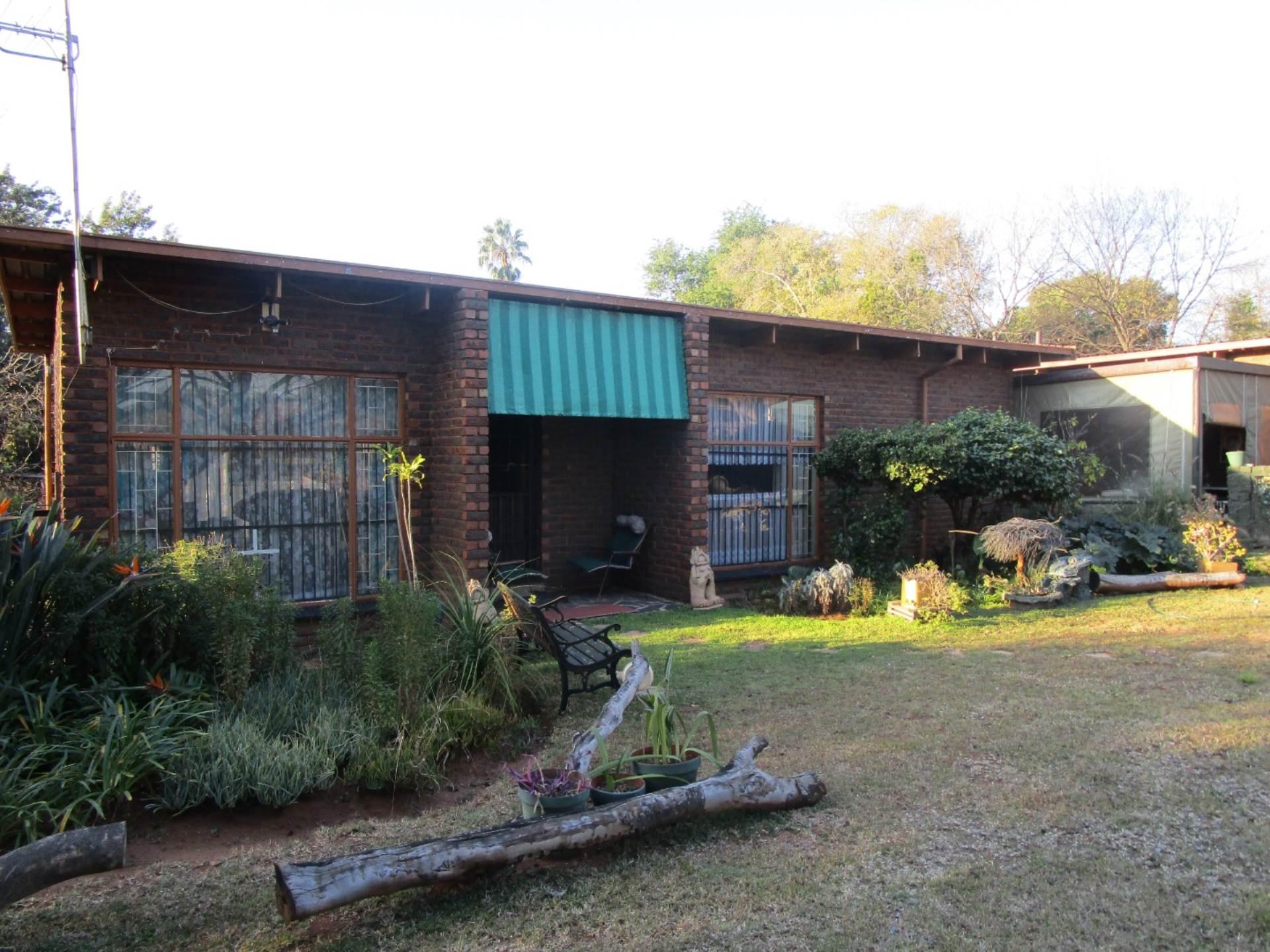 Property and Houses for sale in Meyerspark, House, 4 Bedrooms - ZAR 1,799,000