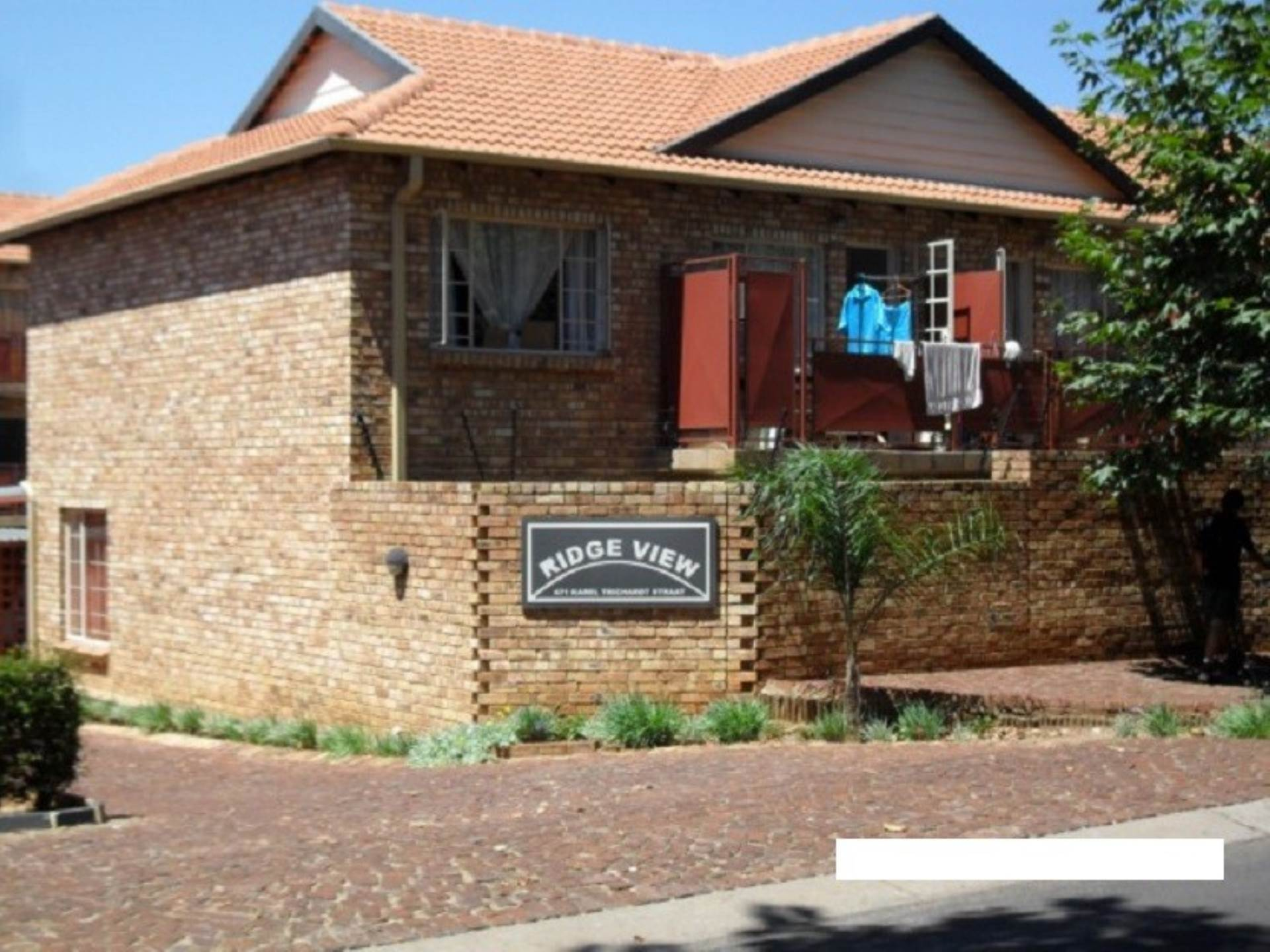 2 BedroomFlat To Rent In Mountain View