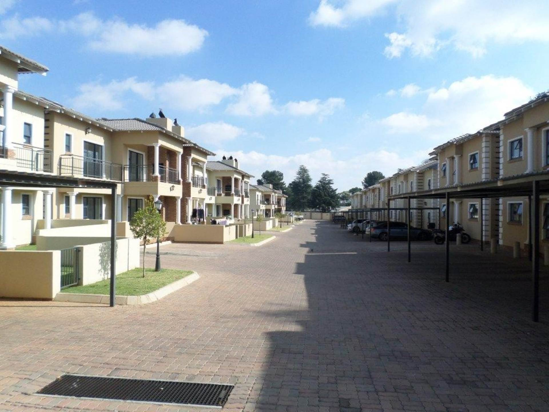 2 BedroomTownhouse To Rent In Rynfield