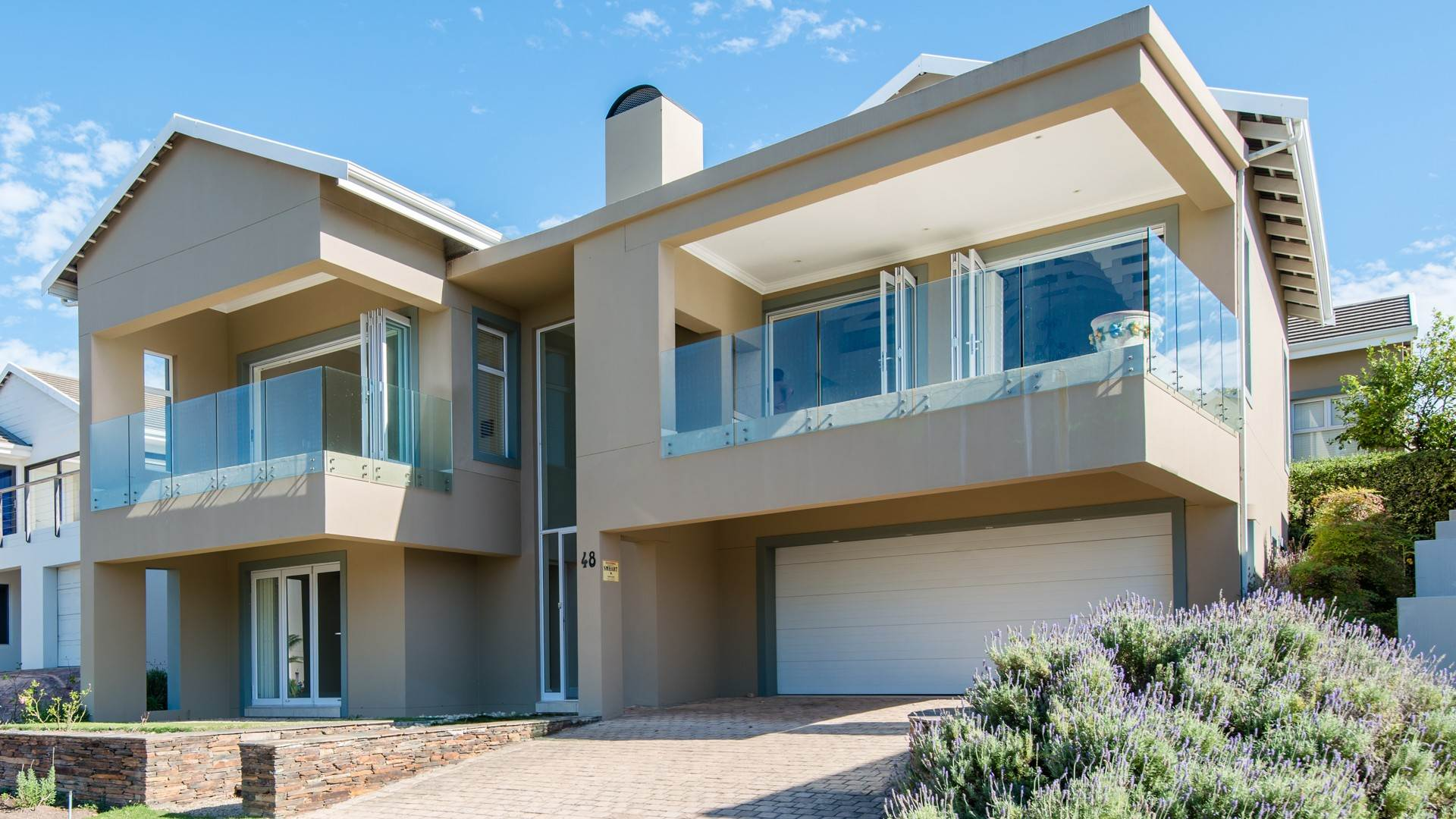 3 BedroomHouse For Sale In Bowtie
