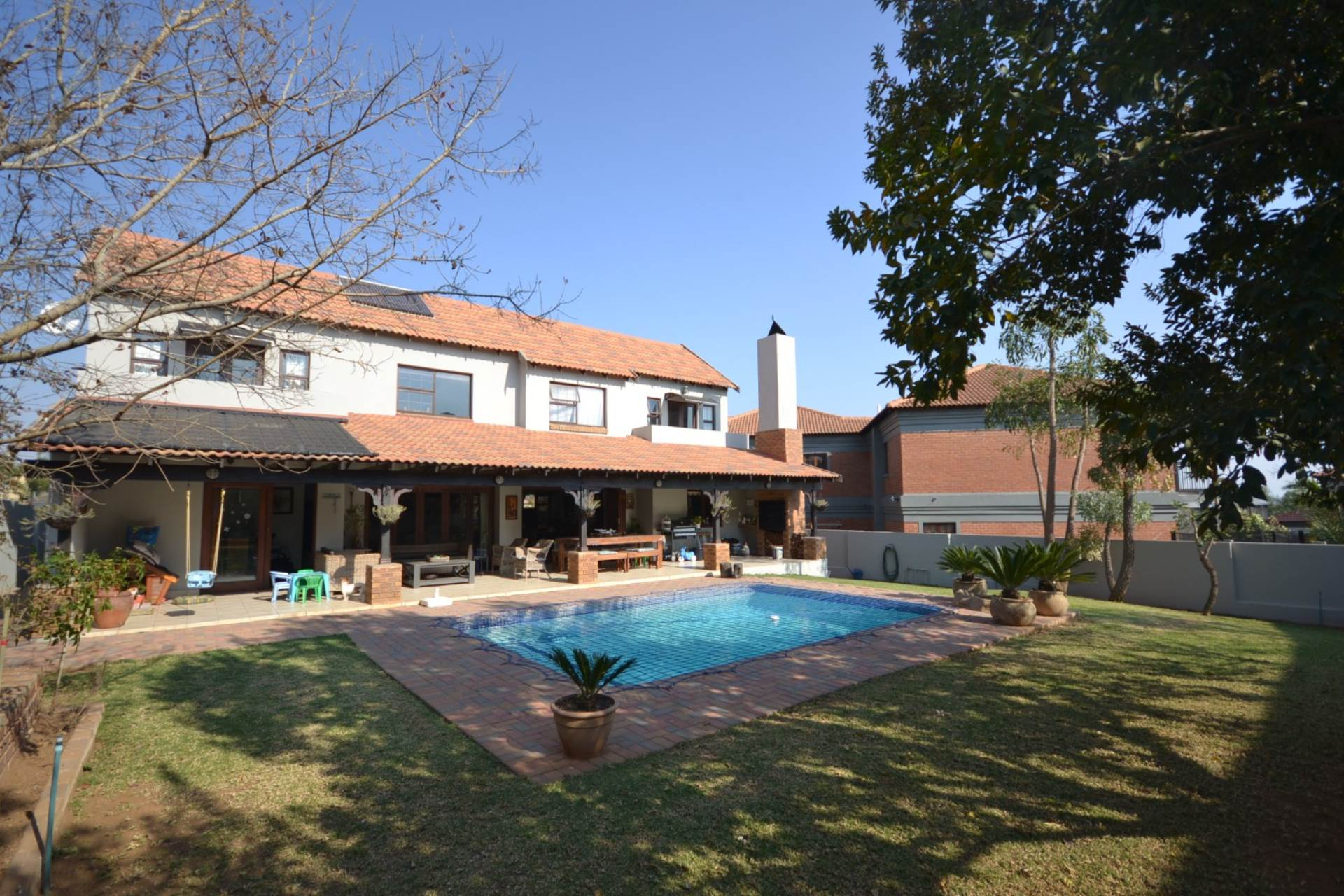 Property and Houses for sale in Olympus, House, 4 Bedrooms - ZAR 3,060,000