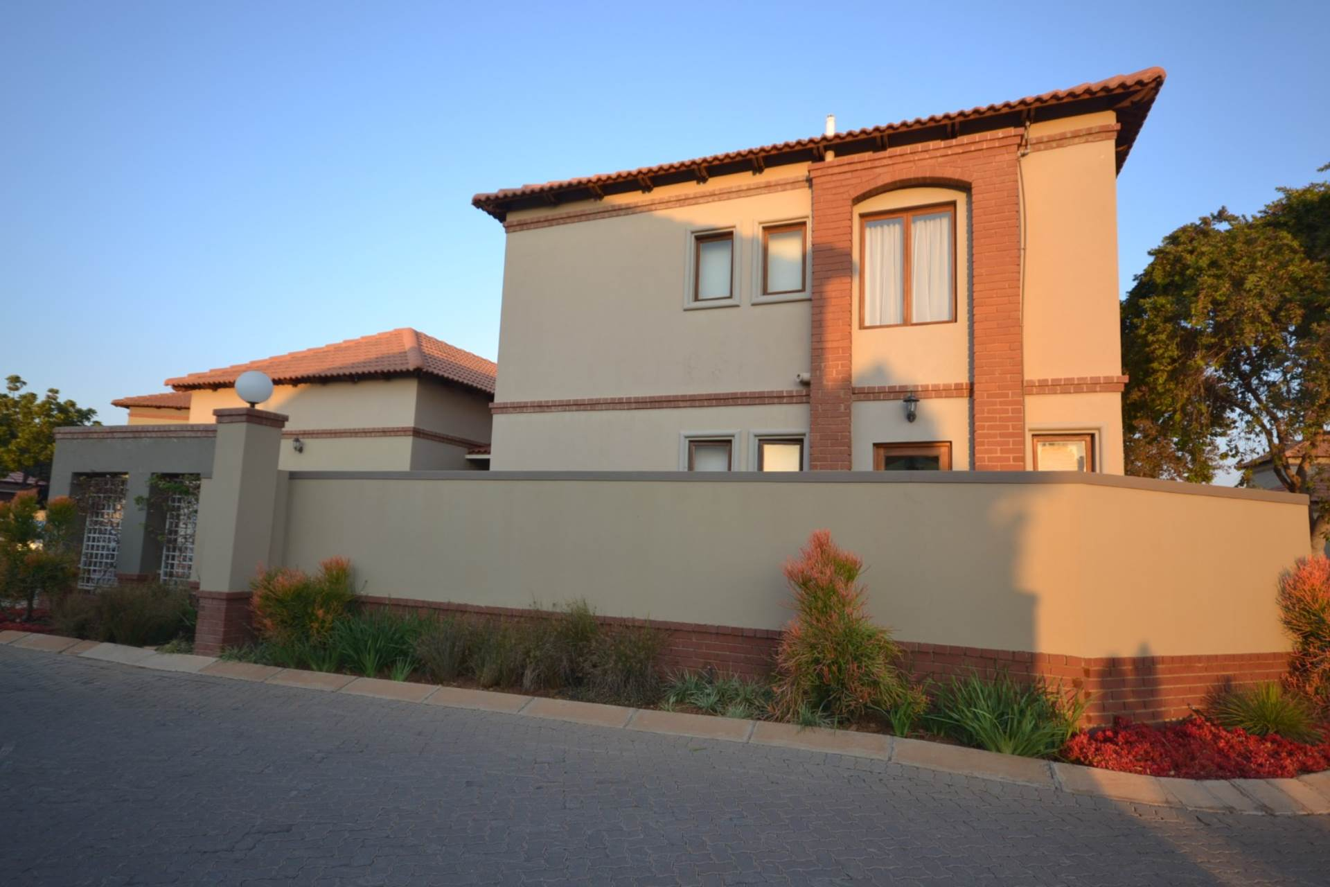 Property and Houses for sale in Olympus - Page 3, House, 3 Bedrooms - ZAR 1,620,000