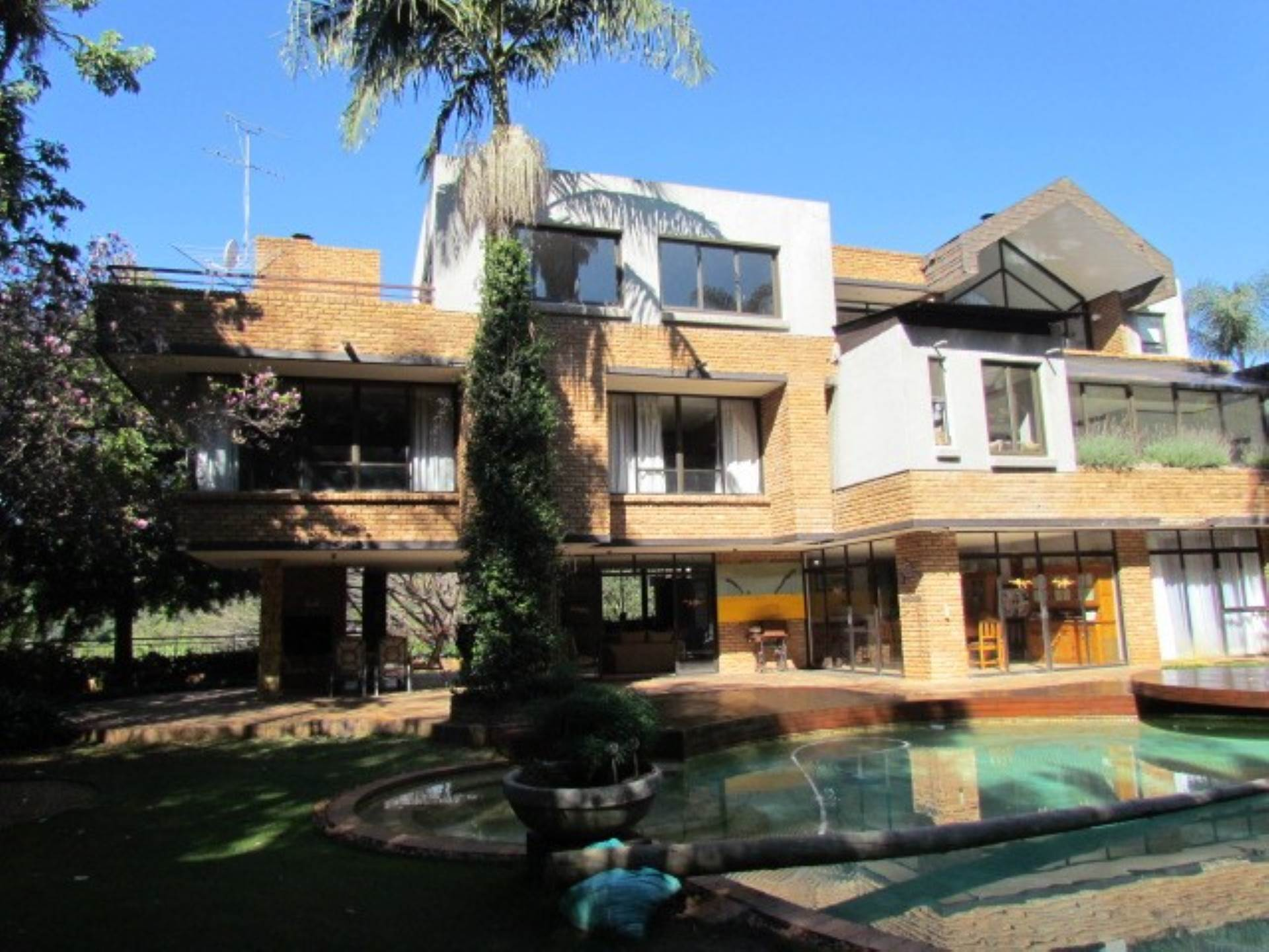 , House, 5 Bedrooms - ZAR 5,495,000