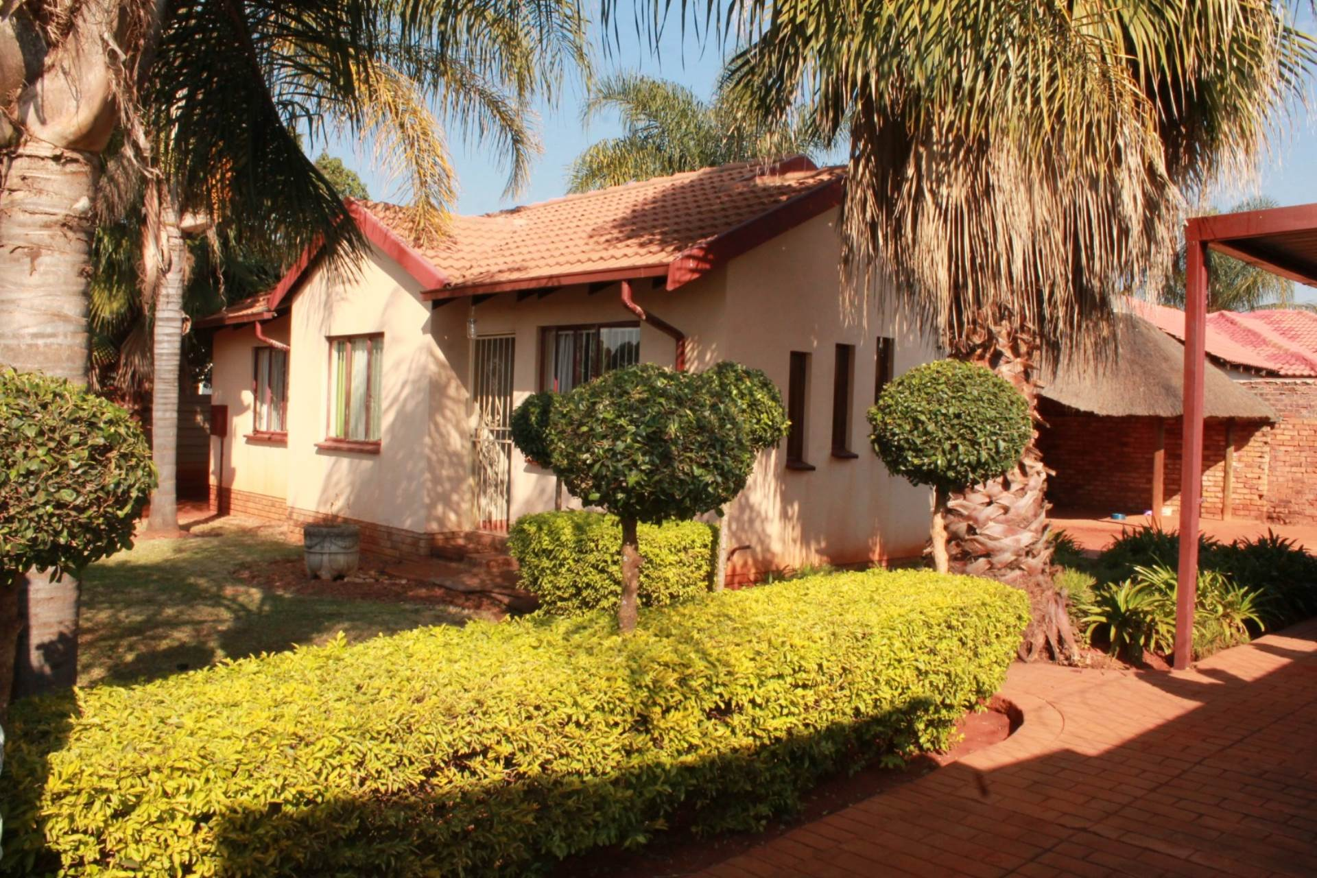 Property and Houses for sale in Hesteapark, House, 3 Bedrooms - ZAR 740,000