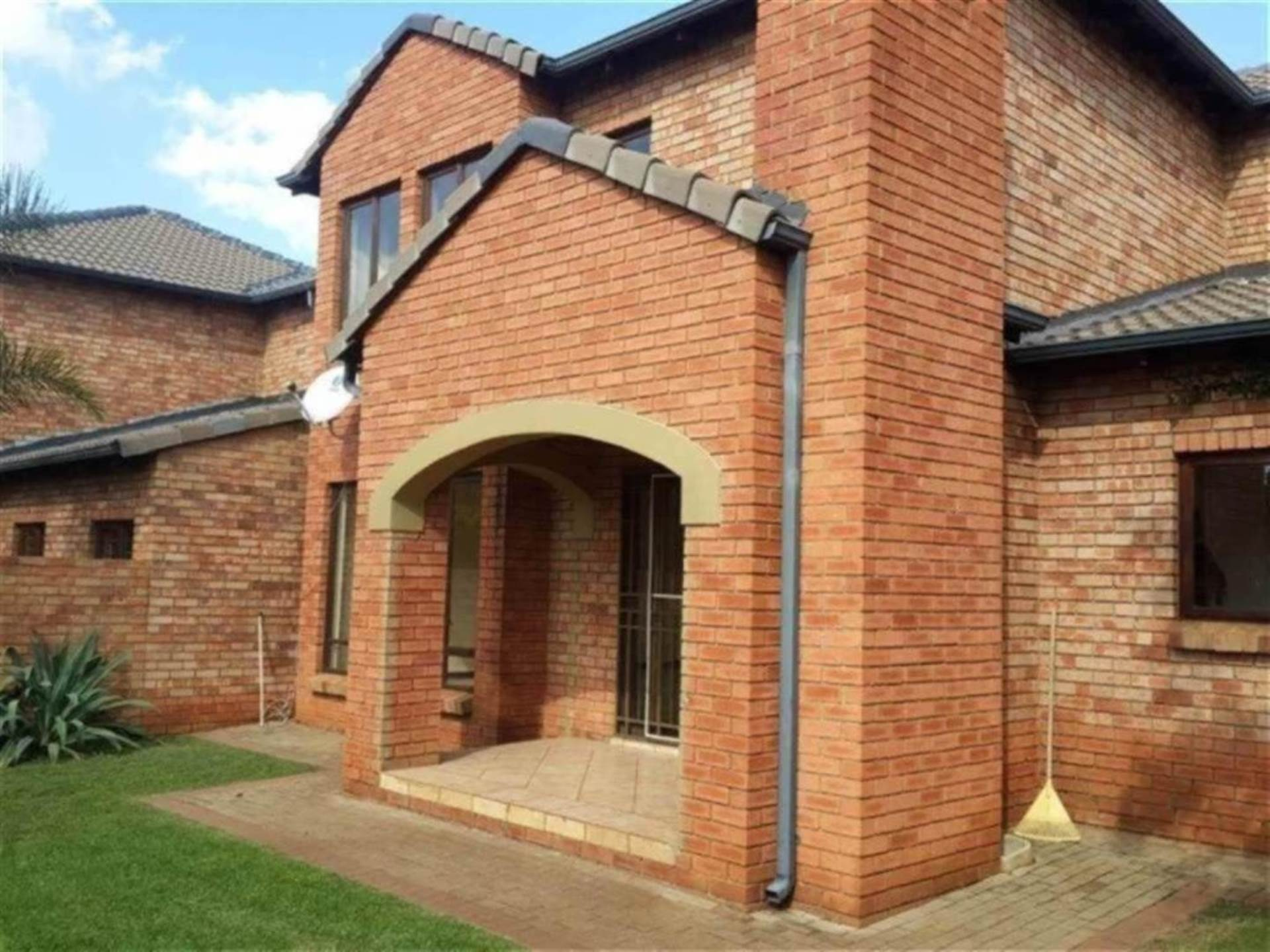 Centurion, Eco Park Property  | Houses For Sale Eco Park, ECO PARK, Townhouse 3 bedrooms property for sale Price:1,650,000