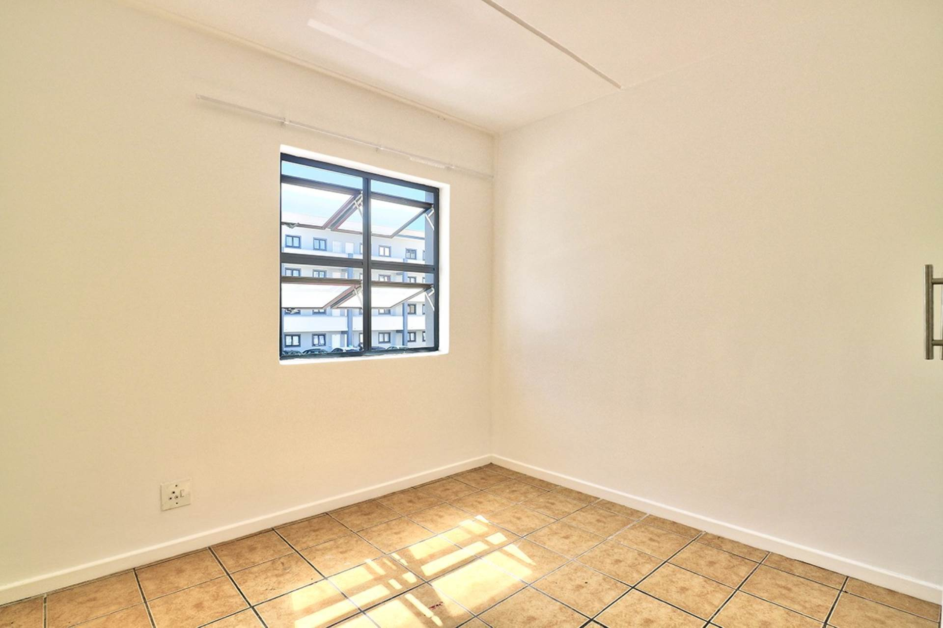Maitland property for sale. Ref No: 13645419. Picture no 7