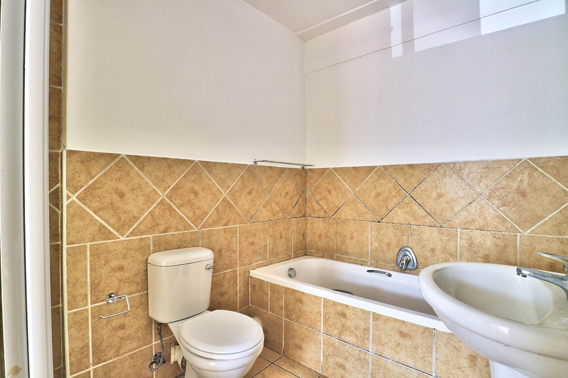 Maitland property for sale. Ref No: 13645419. Picture no 9