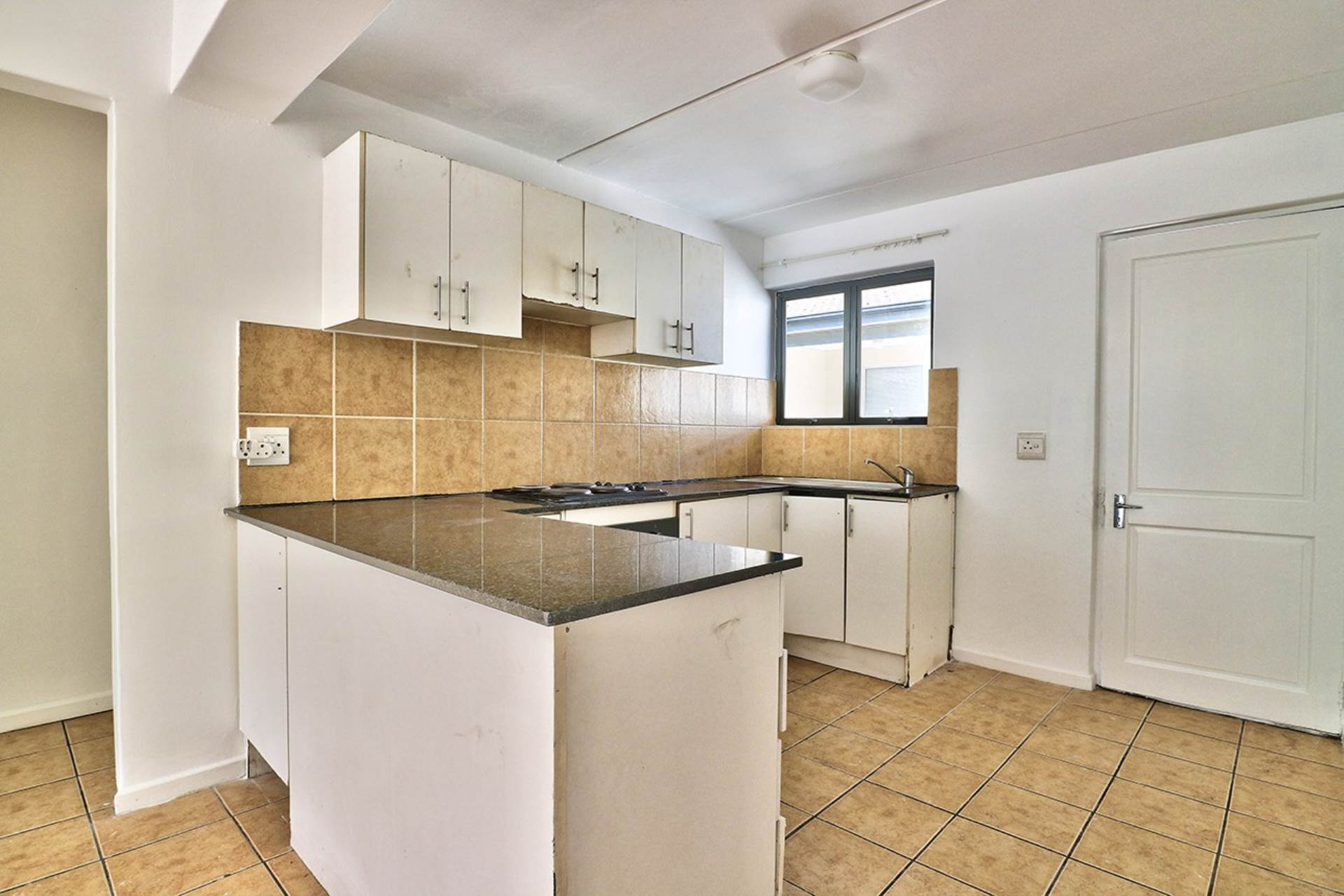 Maitland property for sale. Ref No: 13645419. Picture no 3