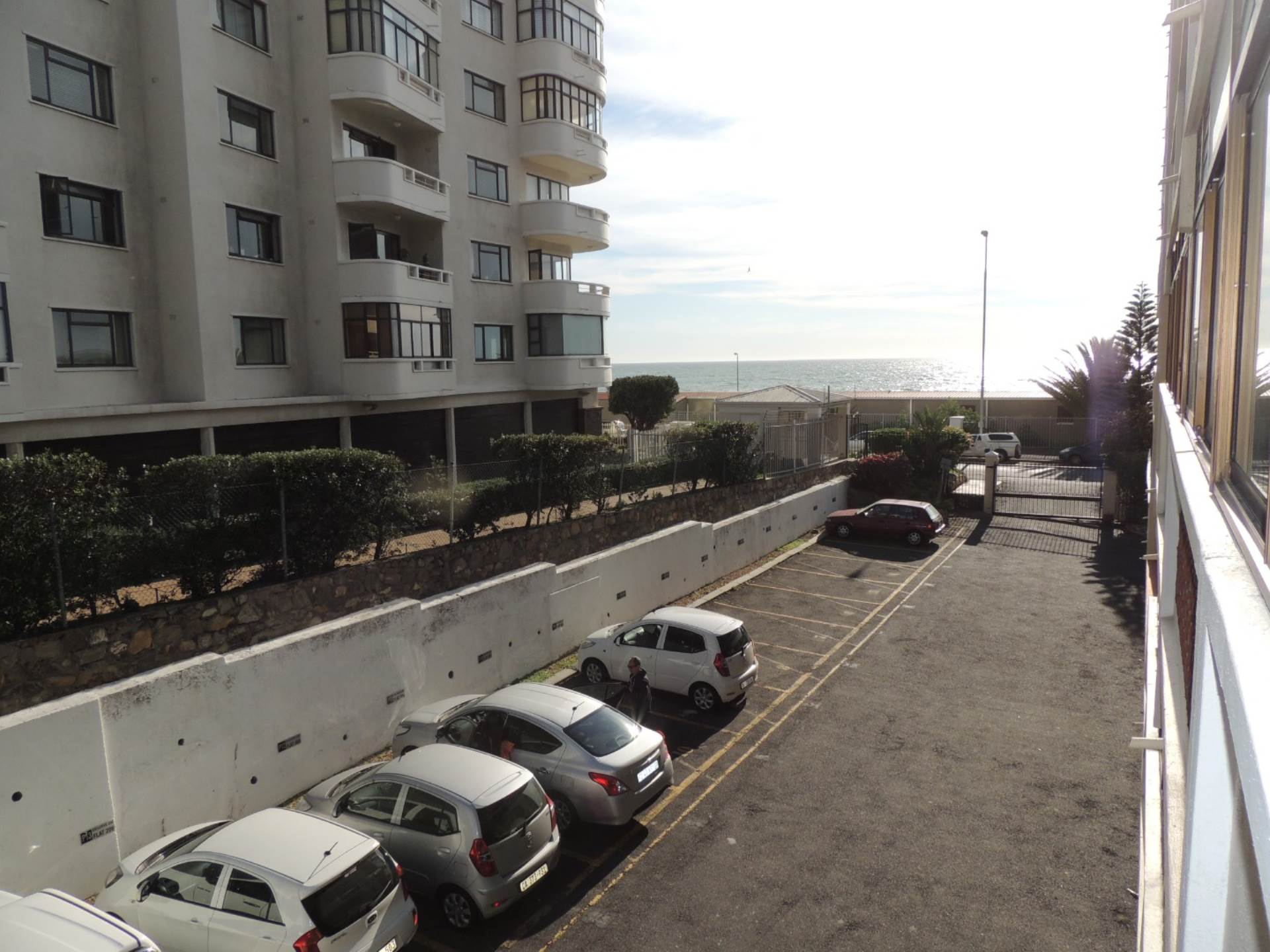 Sea Point property to rent. Ref No: 13583669. Picture no 14