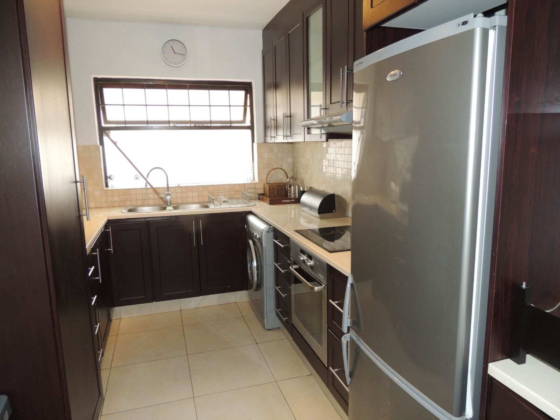 Sea Point property to rent. Ref No: 13583669. Picture no 2