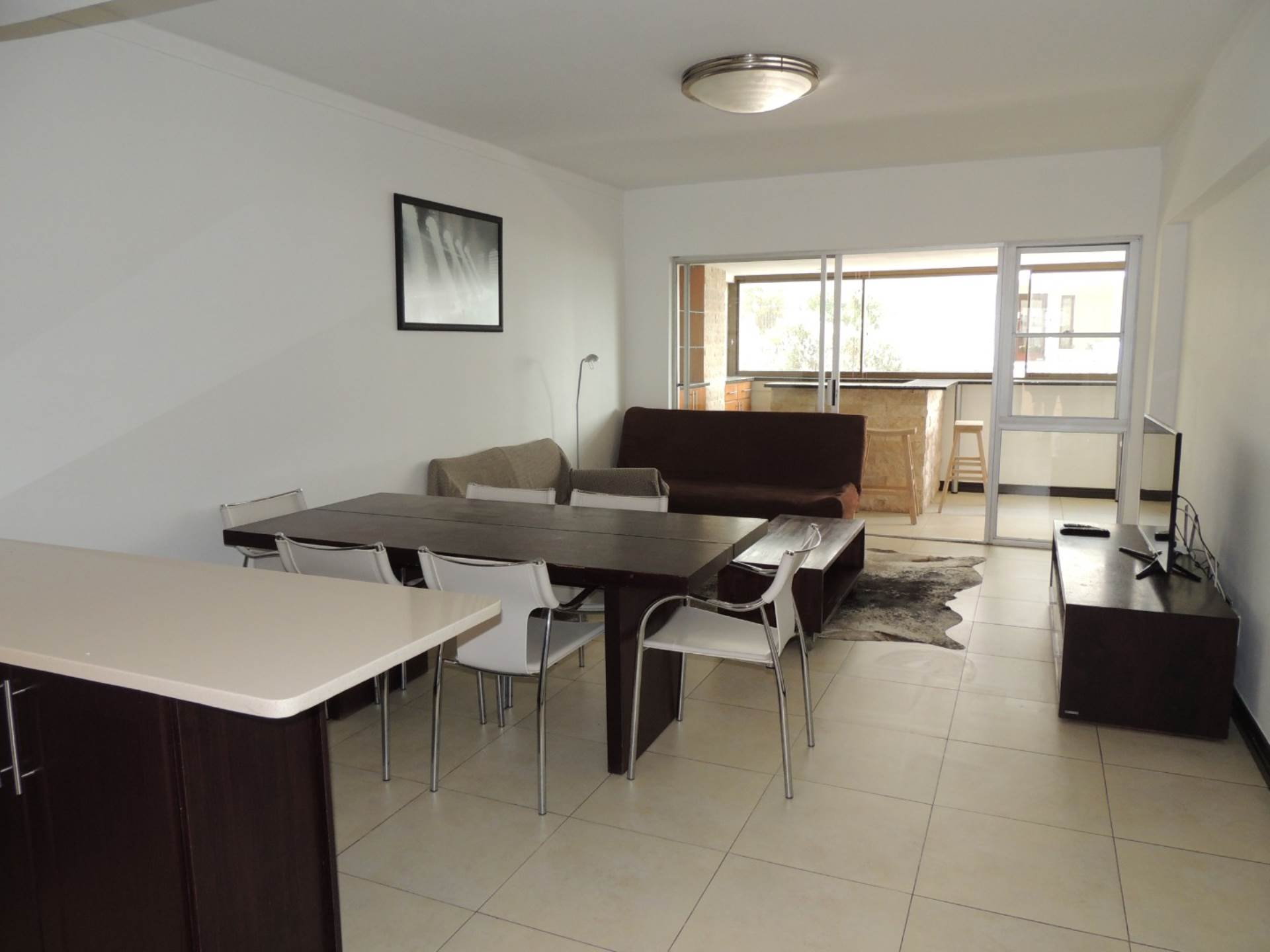 Sea Point property to rent. Ref No: 13583669. Picture no 3