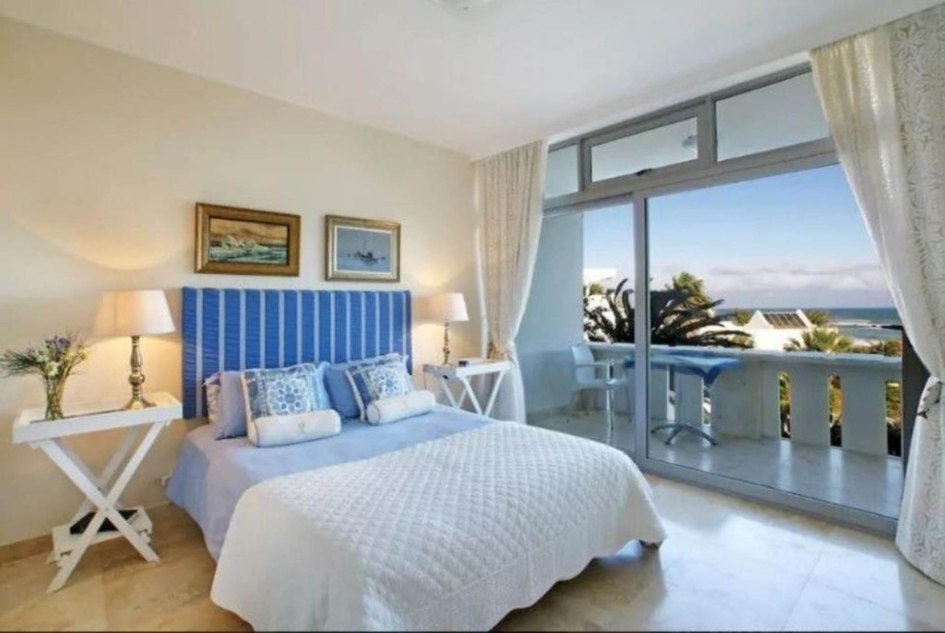 Camps Bay property to rent. Ref No: 13647640. Picture no 6