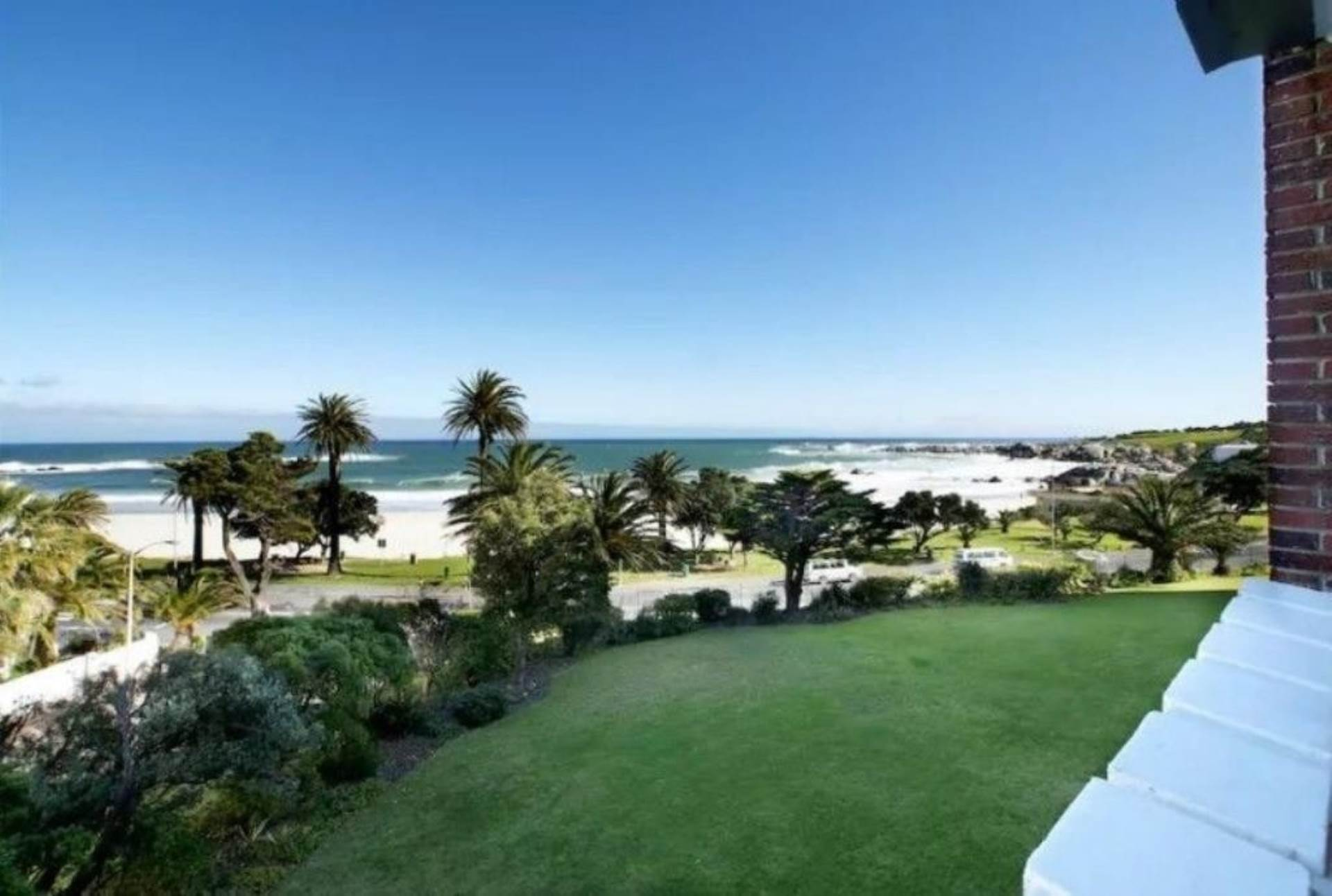 Camps Bay property to rent. Ref No: 13647640. Picture no 7
