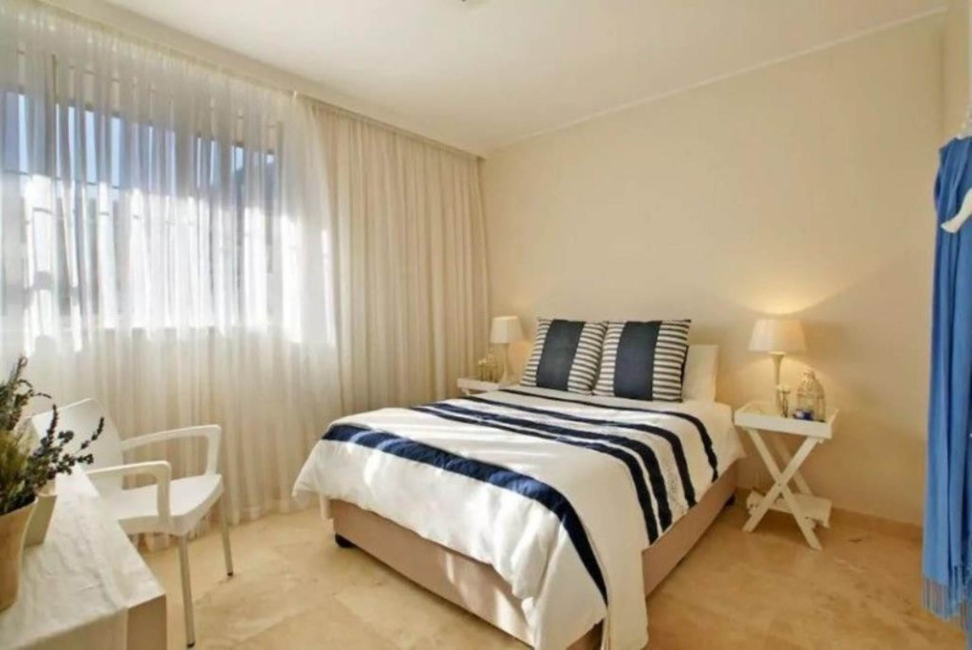Camps Bay property to rent. Ref No: 13647640. Picture no 5